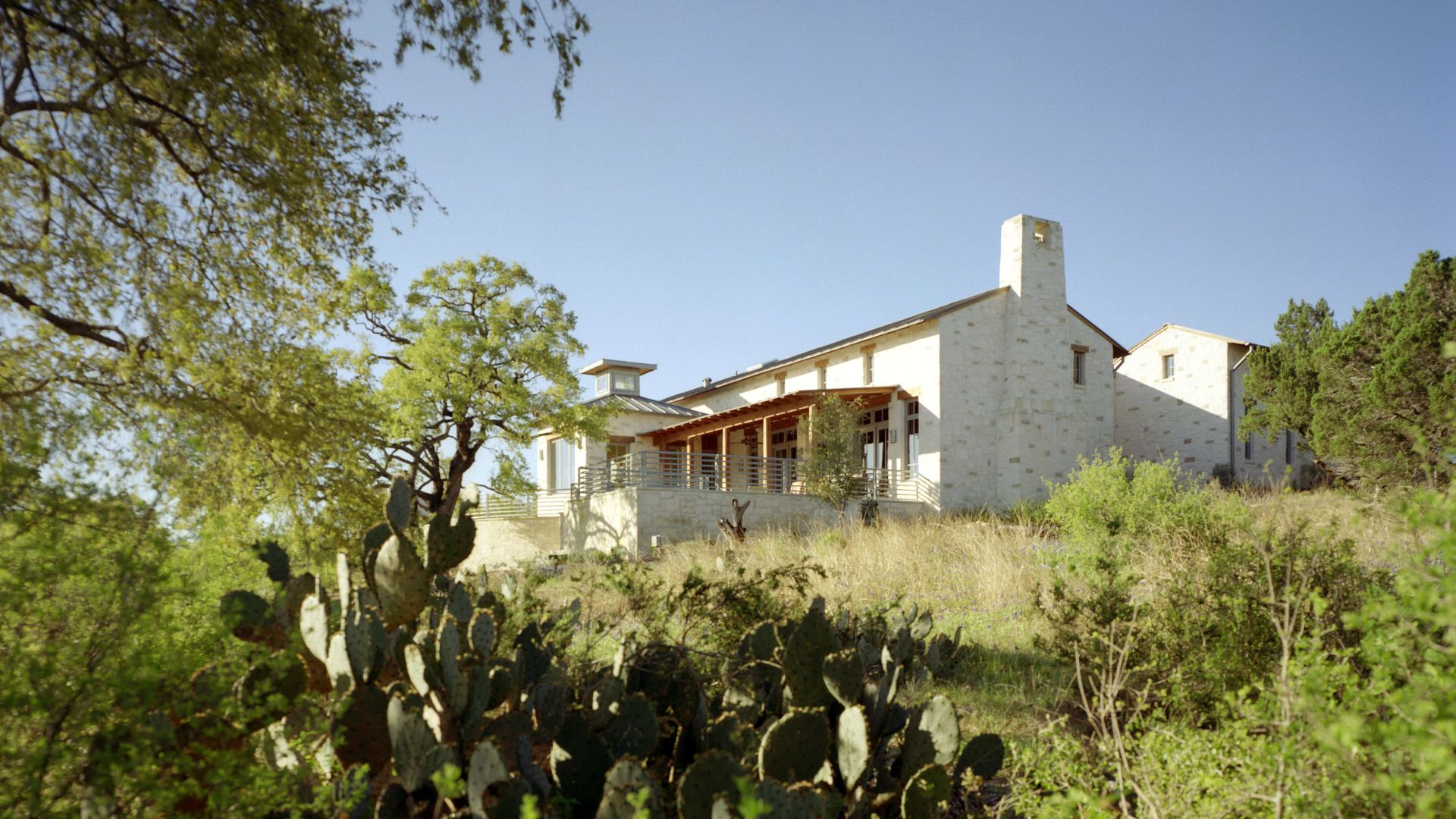 Lakeside Retreat, Spicewood, TX  Connectivity to Nature | Contextual | Native Materials | Low-Maintenance