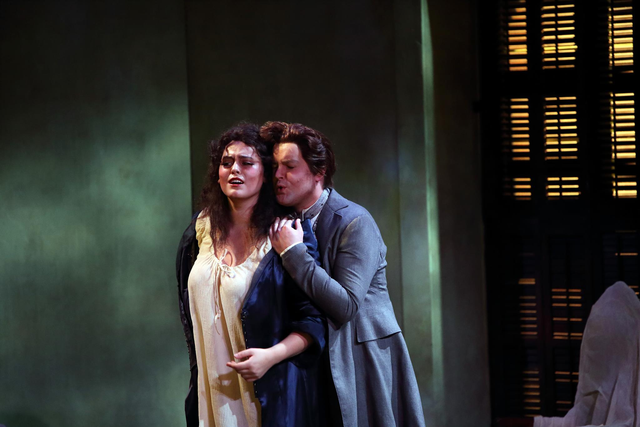 La Traviata (Academy of Vocal Arts). Photo by Don Valentino