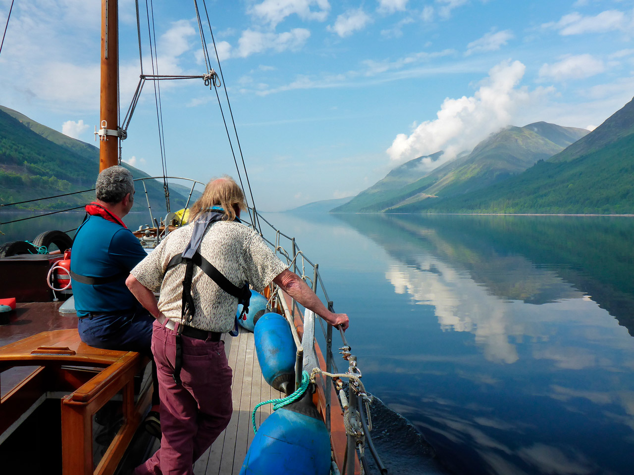 Short trips - Full or half day trips from Loch Crinan, visiting and passing the beautiful local islands with lunch ashore on the beach or aboard. The boat can start from inside the Crinan Canal which is fascinating.