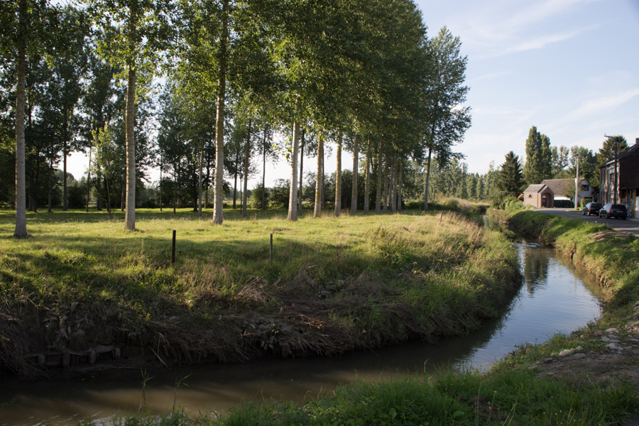 De Kleine Gete - De Kleine Gete of Leeuwse Gete is een waterloop die na samenvloeiing met de Grote Gete de eigenlijke Gete zal vormen.http://www.natuurpuntzoutleeuw.be/cms/natuurgebieden/getevallei/