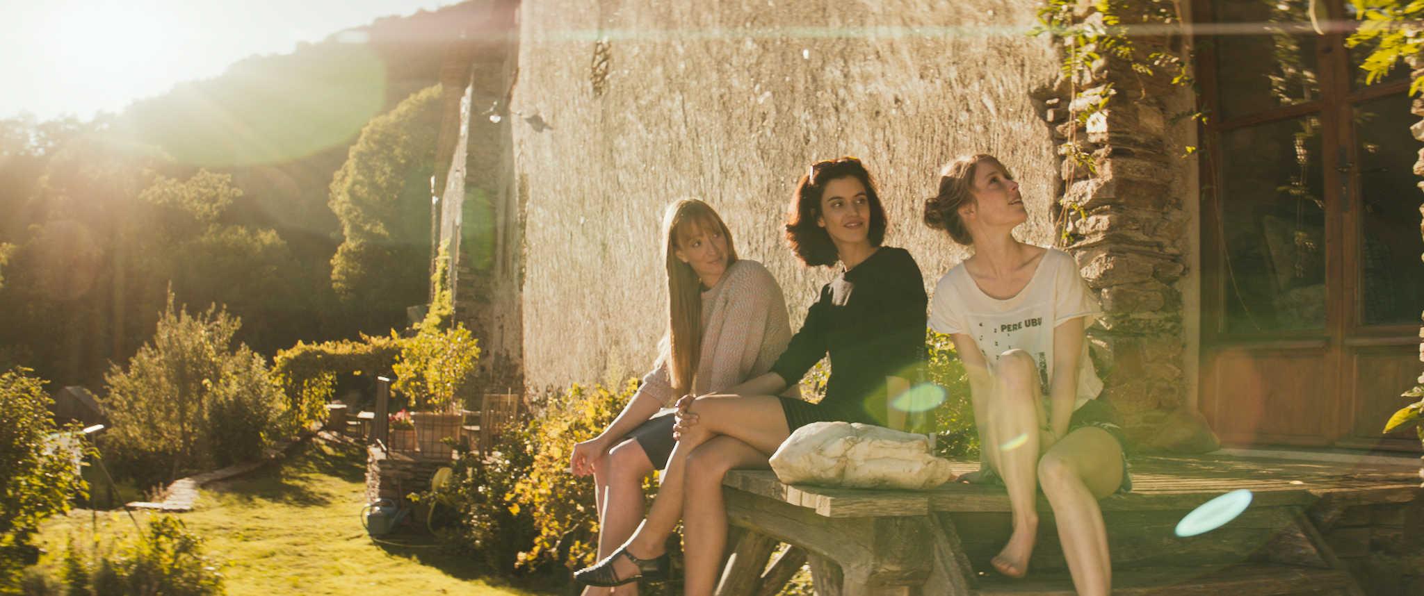 Fünf Frauen_Stills_Facebook_0018697.jpg