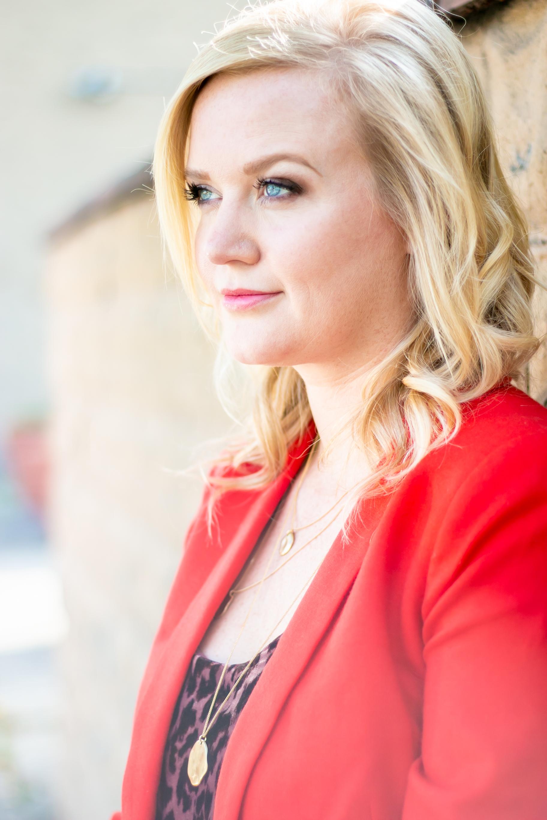 Lifestyle Headshot Photographer Jess Summers Cincinnati Ohio