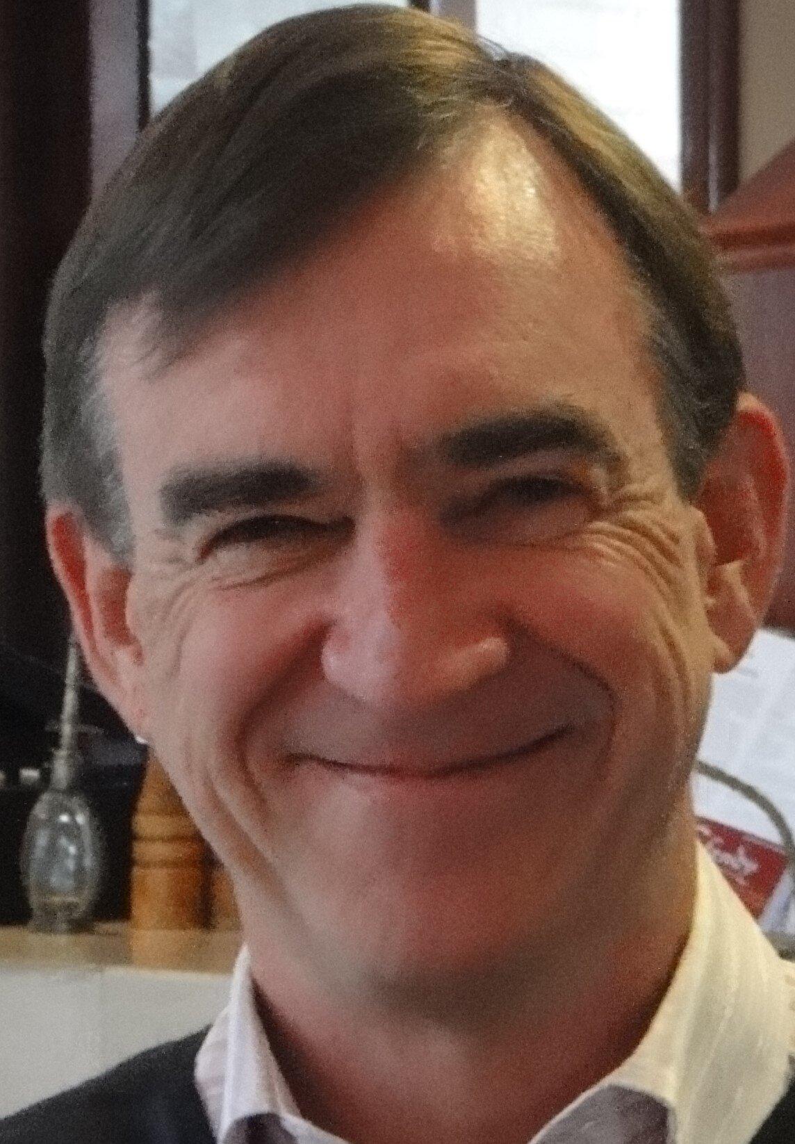 Dr Vince McCauley head shot.jpg