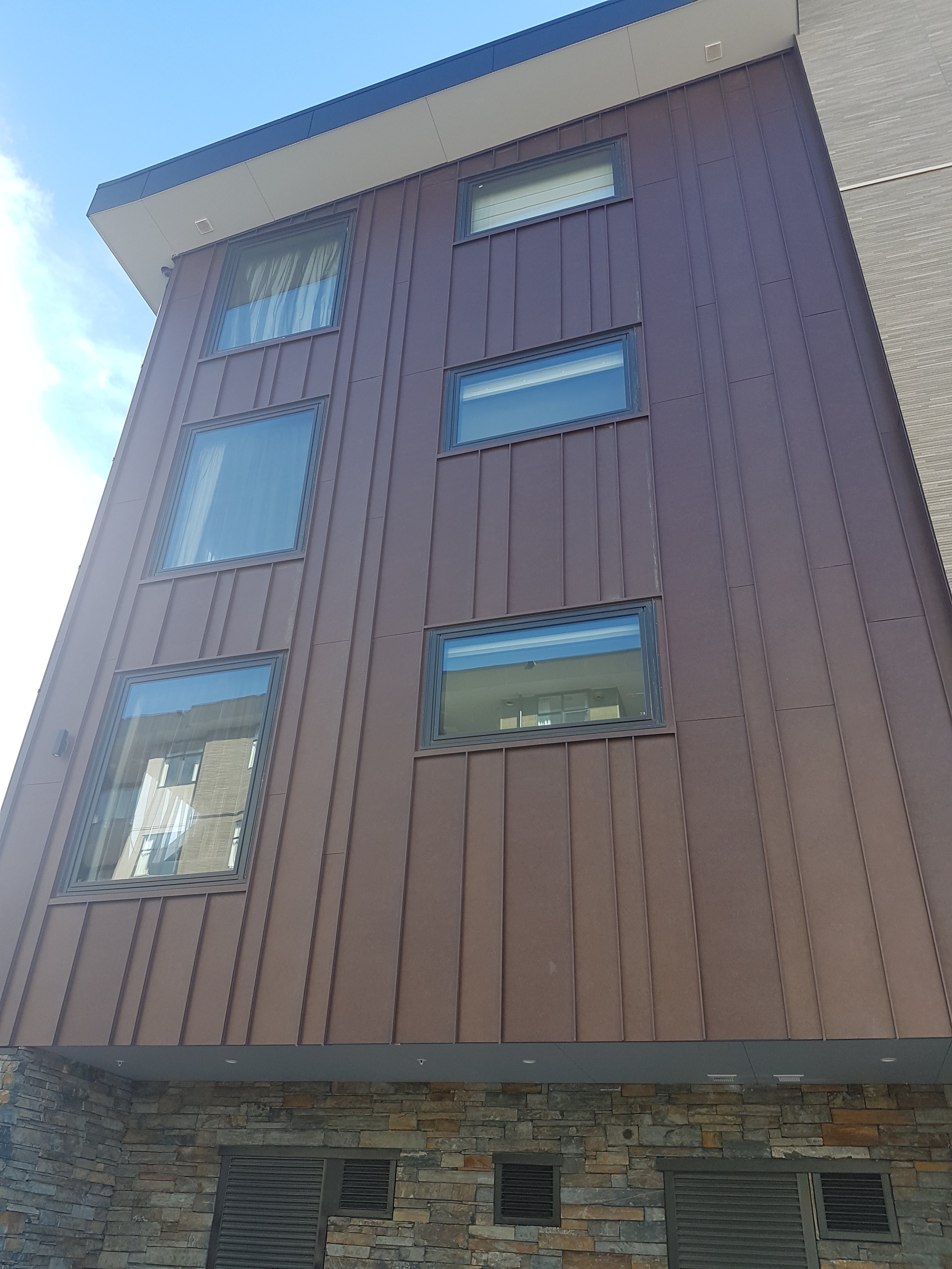 The-Roofing-Store-Steel-Metal-Standing-Seam-1.jpg.jpg