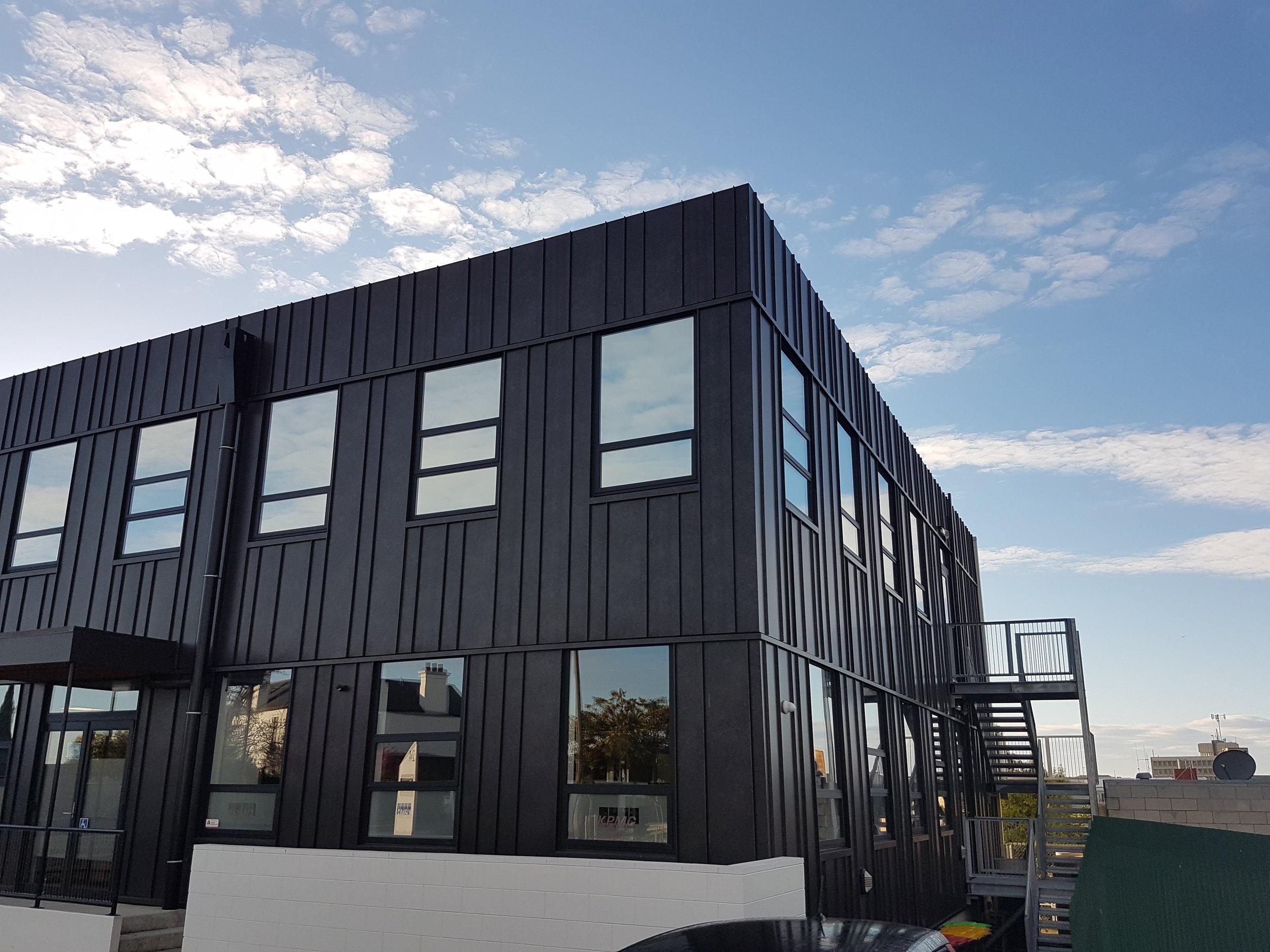 The-Roofing-Store-Steel-Metal-Standing-Seam-Lux-Dark-Corten-3.jpg.jpg
