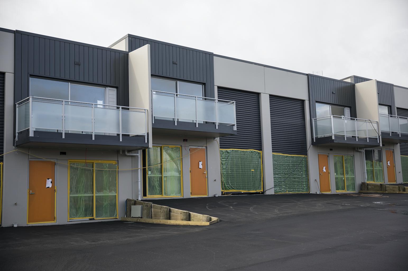 The-Roofing-Store-Steel-Metal-Interlocking-Panel-Windsor-grey-6-LR.png