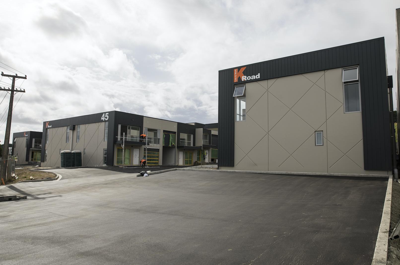 The-Roofing-Store-Steel-Metal-Interlocking-Panel-Windsor-grey-8-LR.png