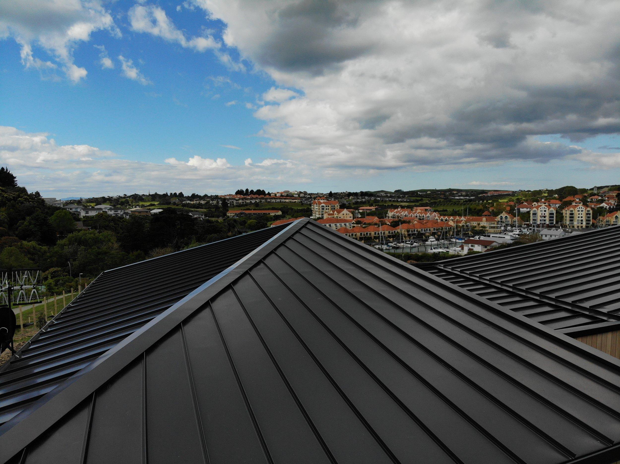 The-Roofing-Store-Steel-Metal-Super-Seam-540-Raven-1.jpg.jpg