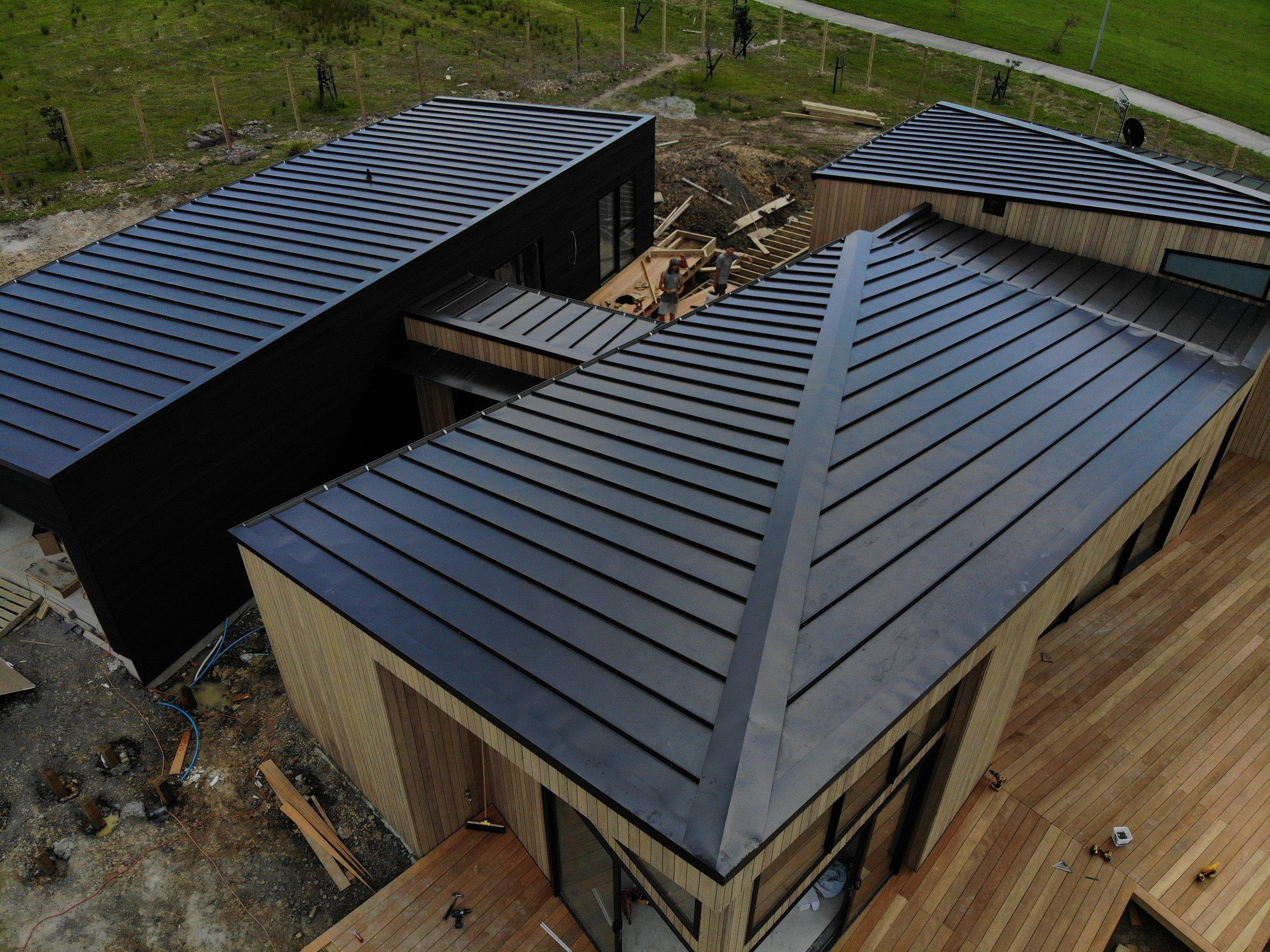 The-Roofing-Store-Steel-Metal-Super-Seam-540-Raven-3.jpg.jpg
