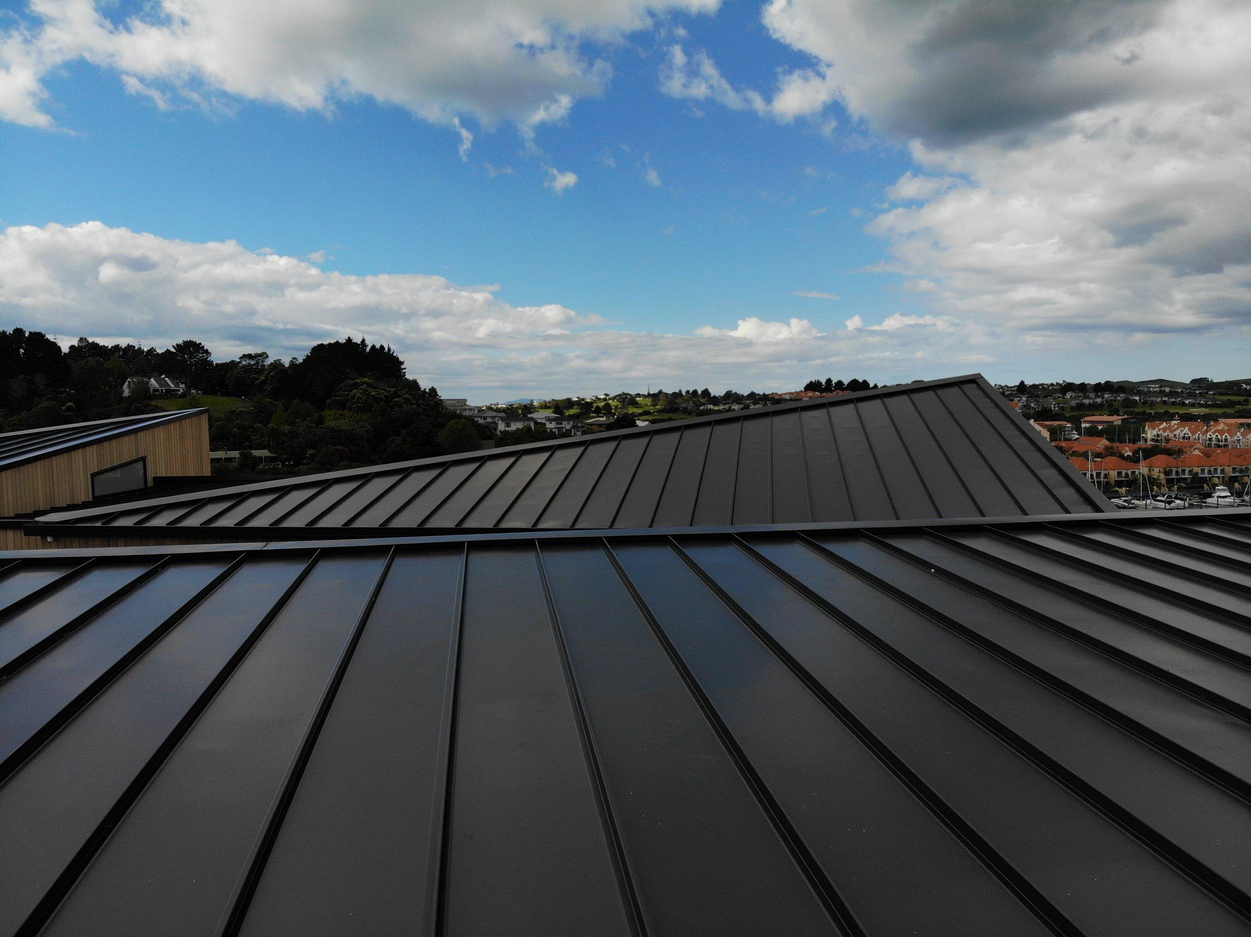 The-Roofing-Store-Steel-Metal-Super-Seam-540-Raven-8.jpg.jpg