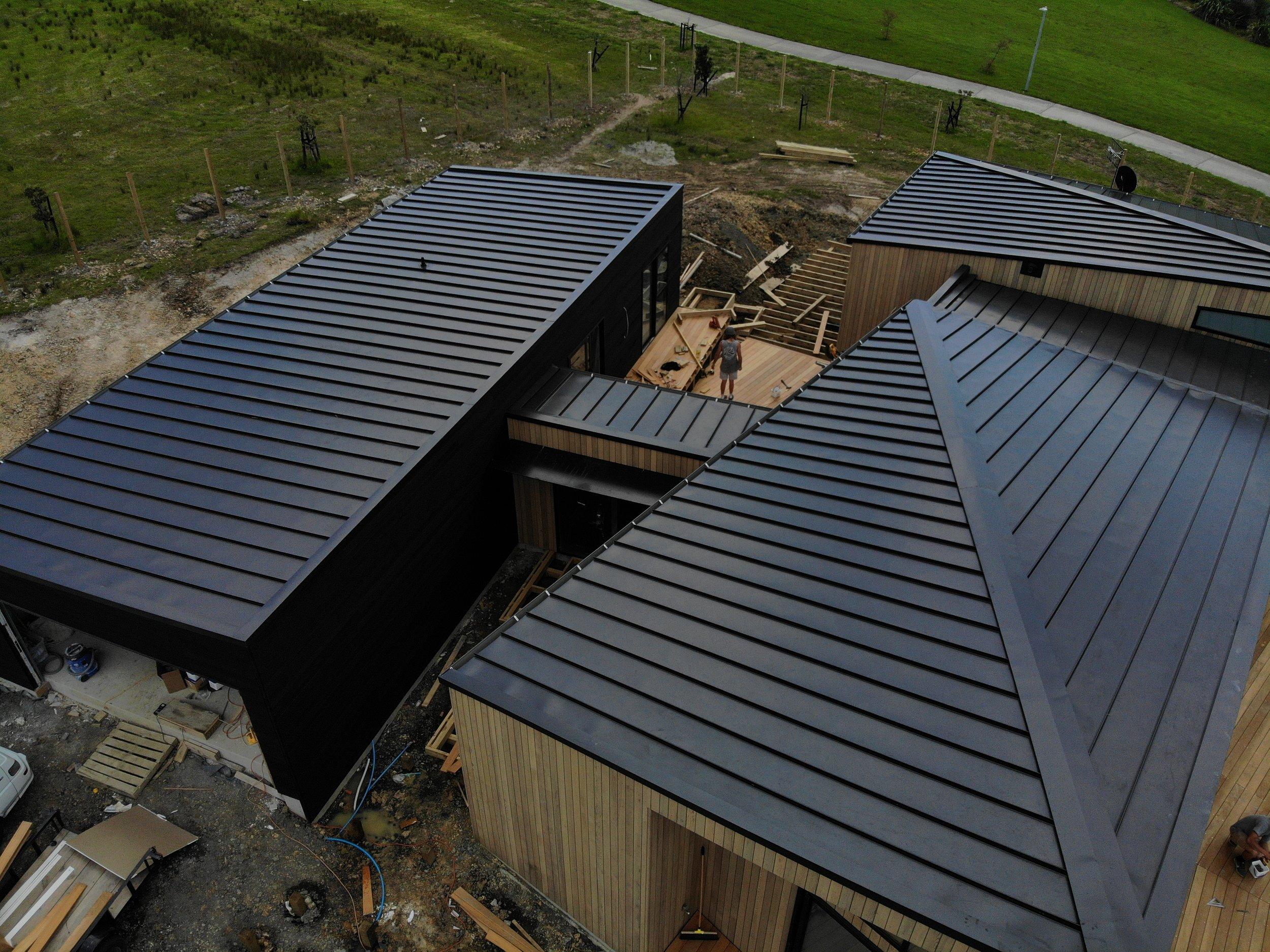 The-Roofing-Store-Steel-Metal-Super-Seam-540-Raven-7.jpg.jpg