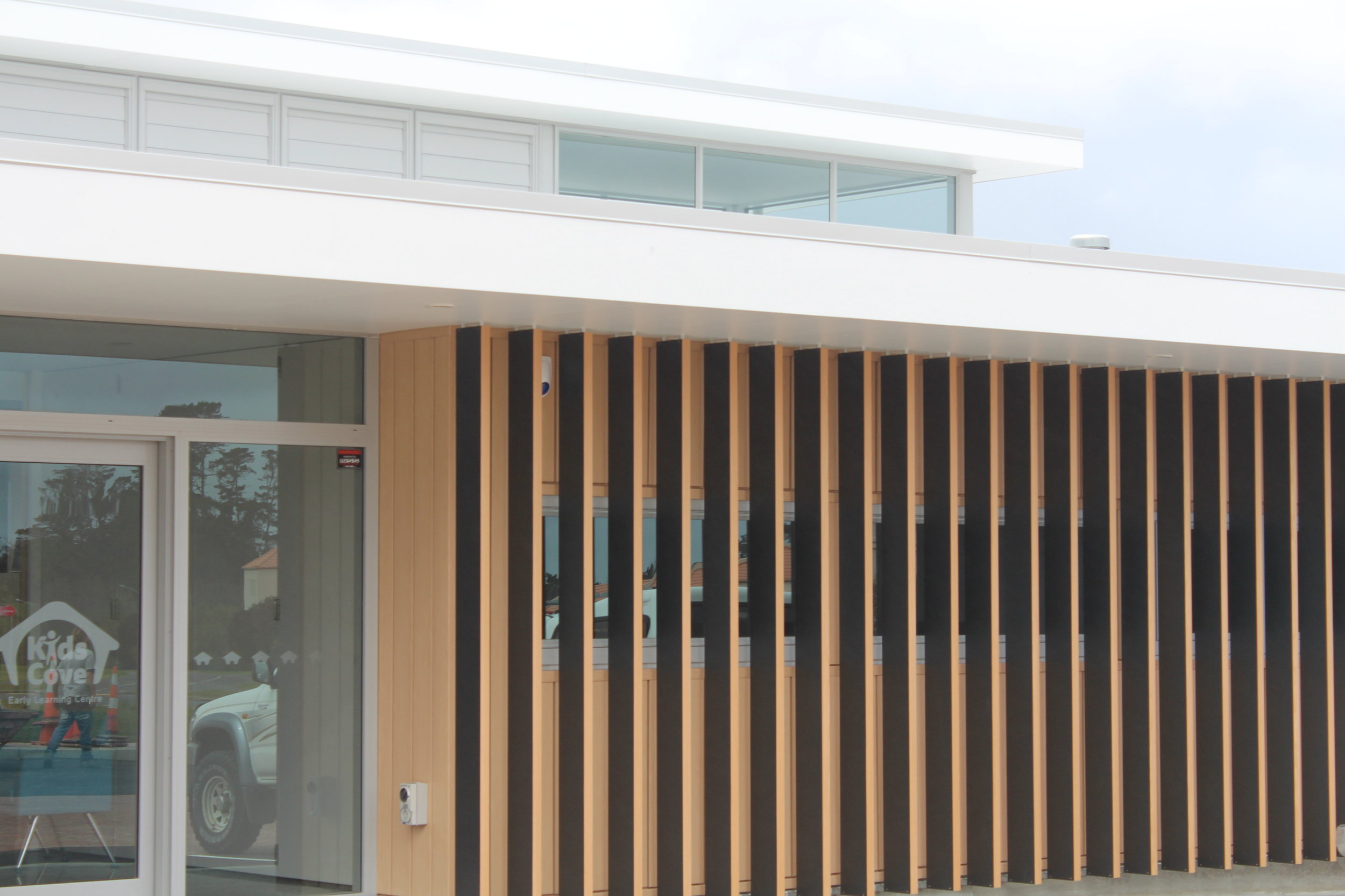 The-Roofing-Store-Steel-Metal-Interlocking-Panel-Lux-Light-Wood-1.jpg.jpg