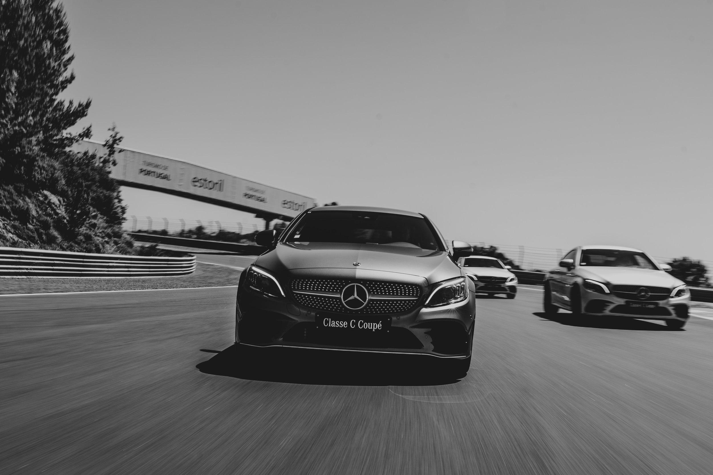 Mercedes Benz -