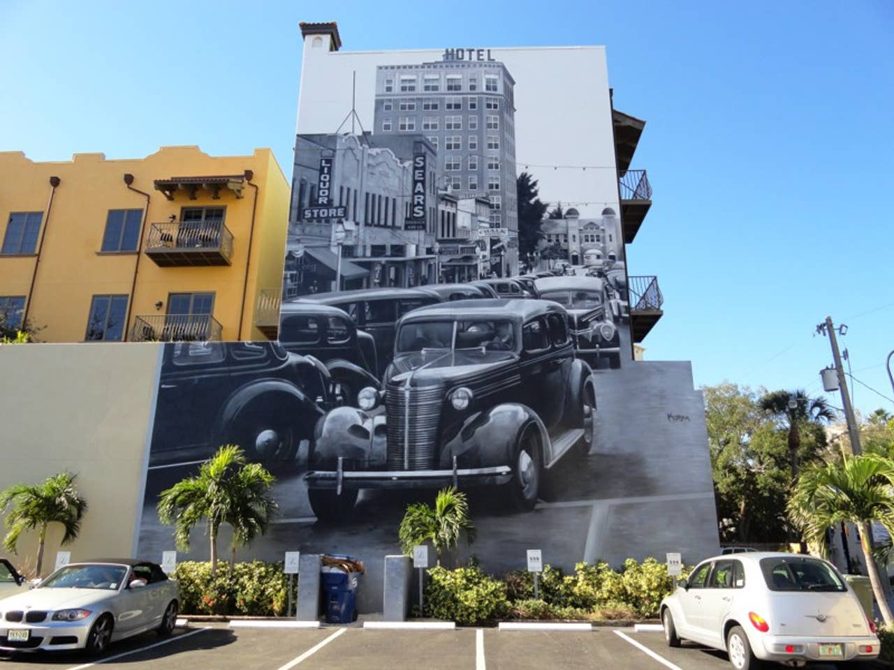 A mural by Eduardo Kobra of historic Downtown Sarasota, located across from Burns Square Historic Vacation Rentals
