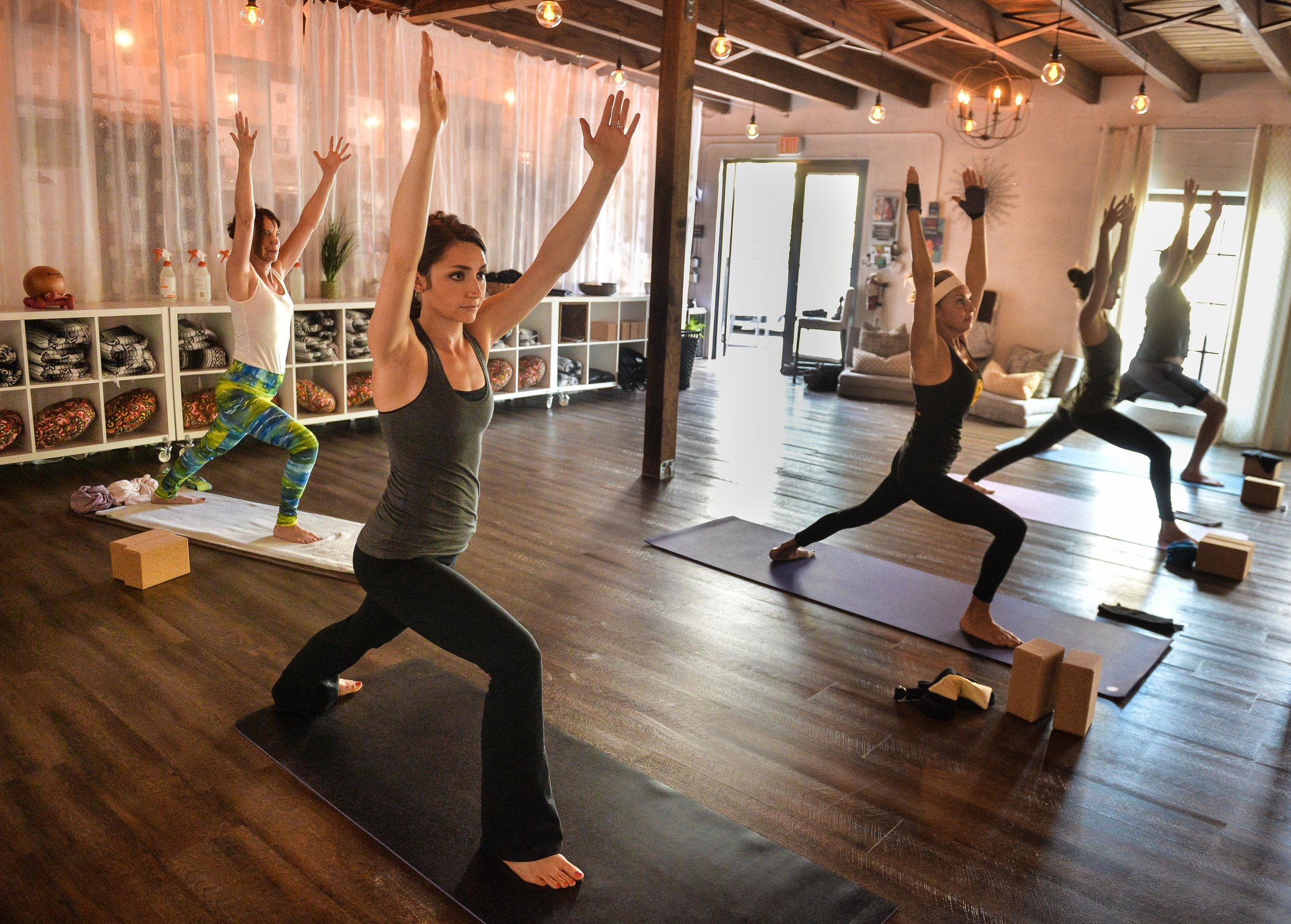 Pineapple Yoga - Burns Square Historic Vacation Rentals