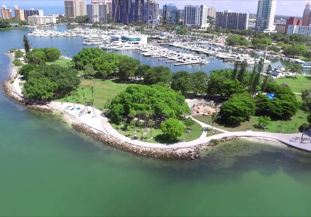 Bayfront Park - Burns Square Historic Vacation Rentals