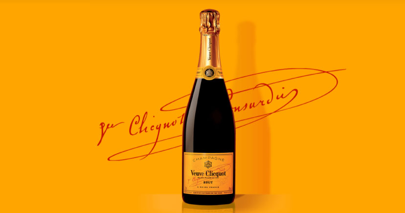 Burns Square Historic Vacation Rentals - Veuve ClicquotChampagne