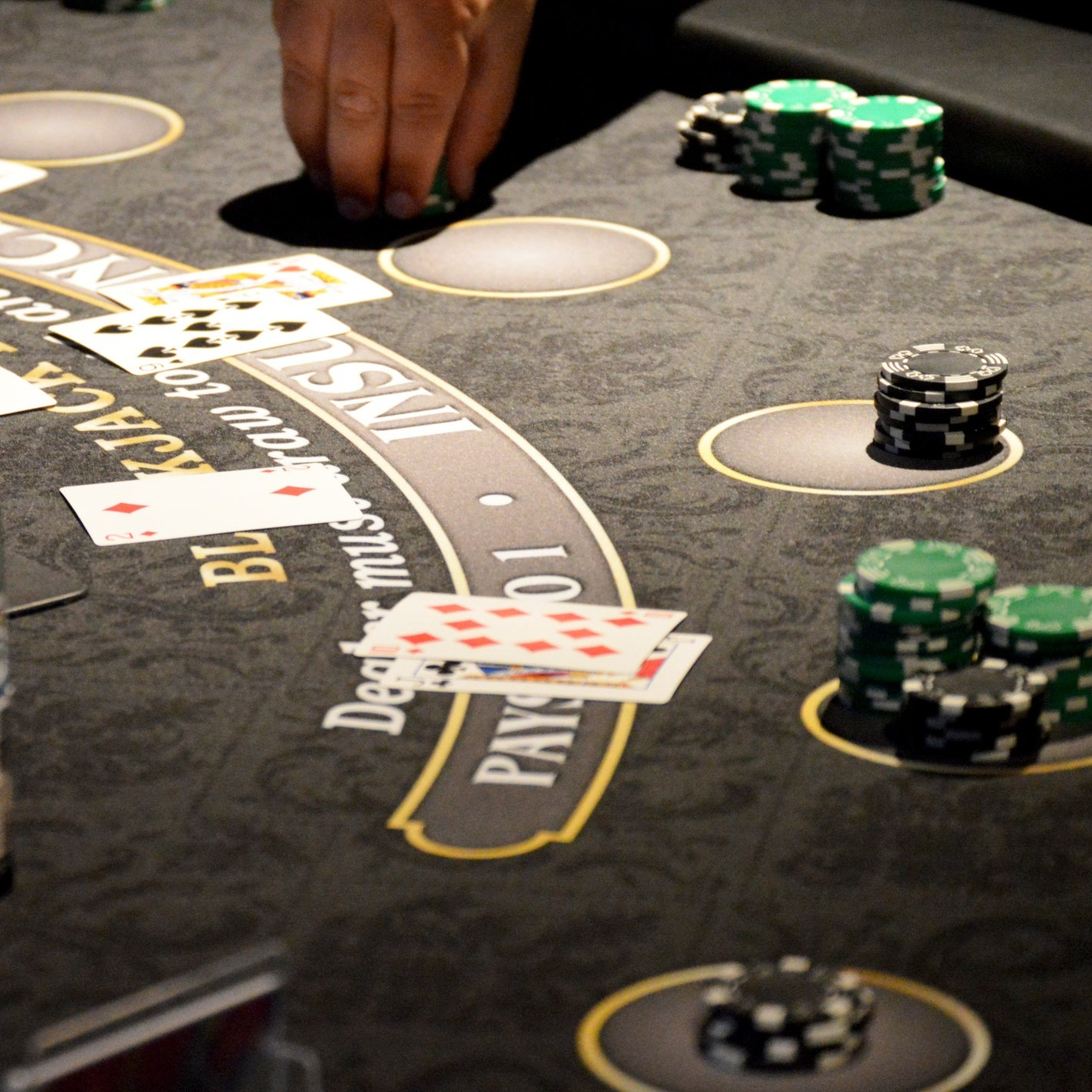 Blackjack+Table+with+Chips