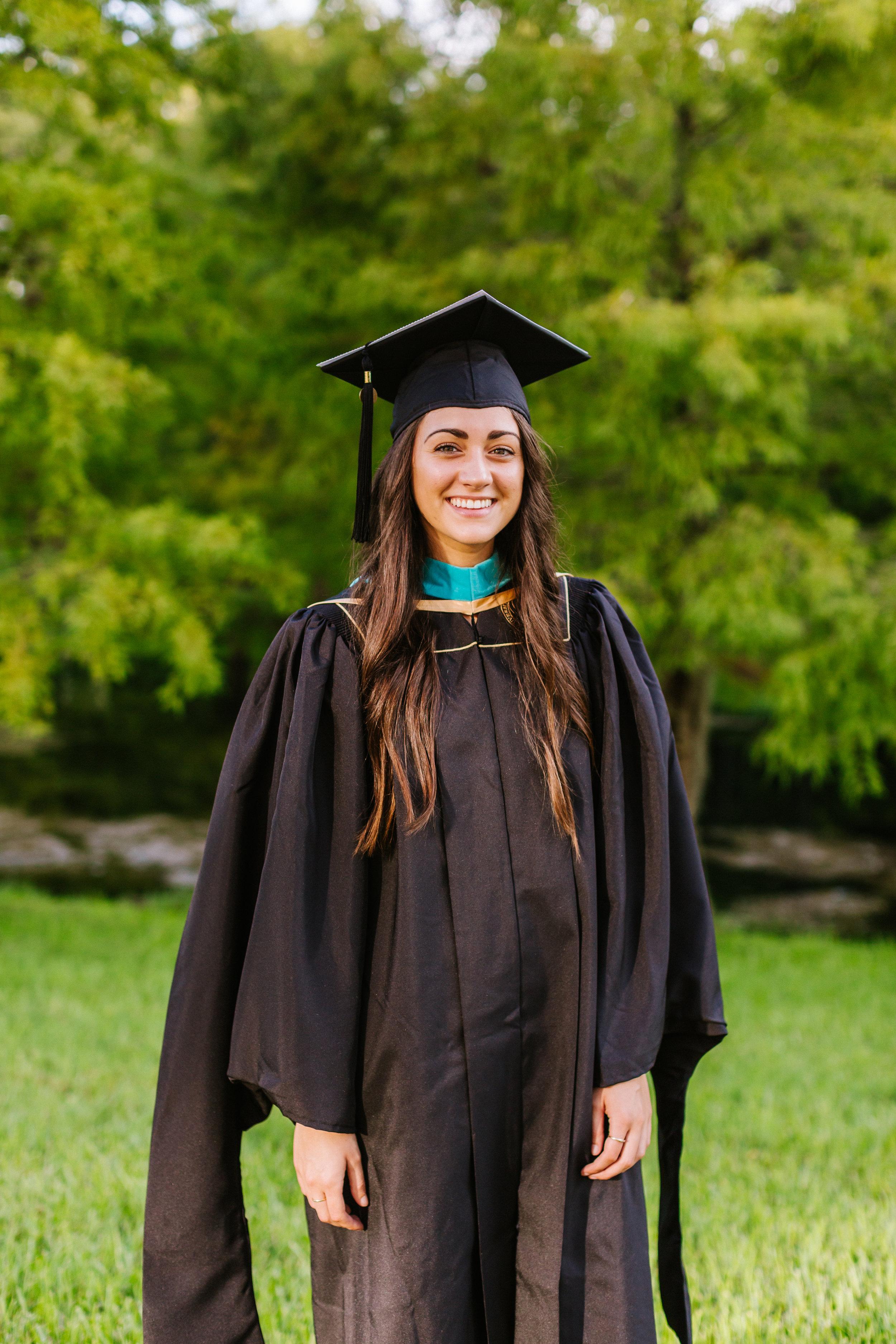 2019.07.30 Mariah UCF Grad Shoot-7.jpg