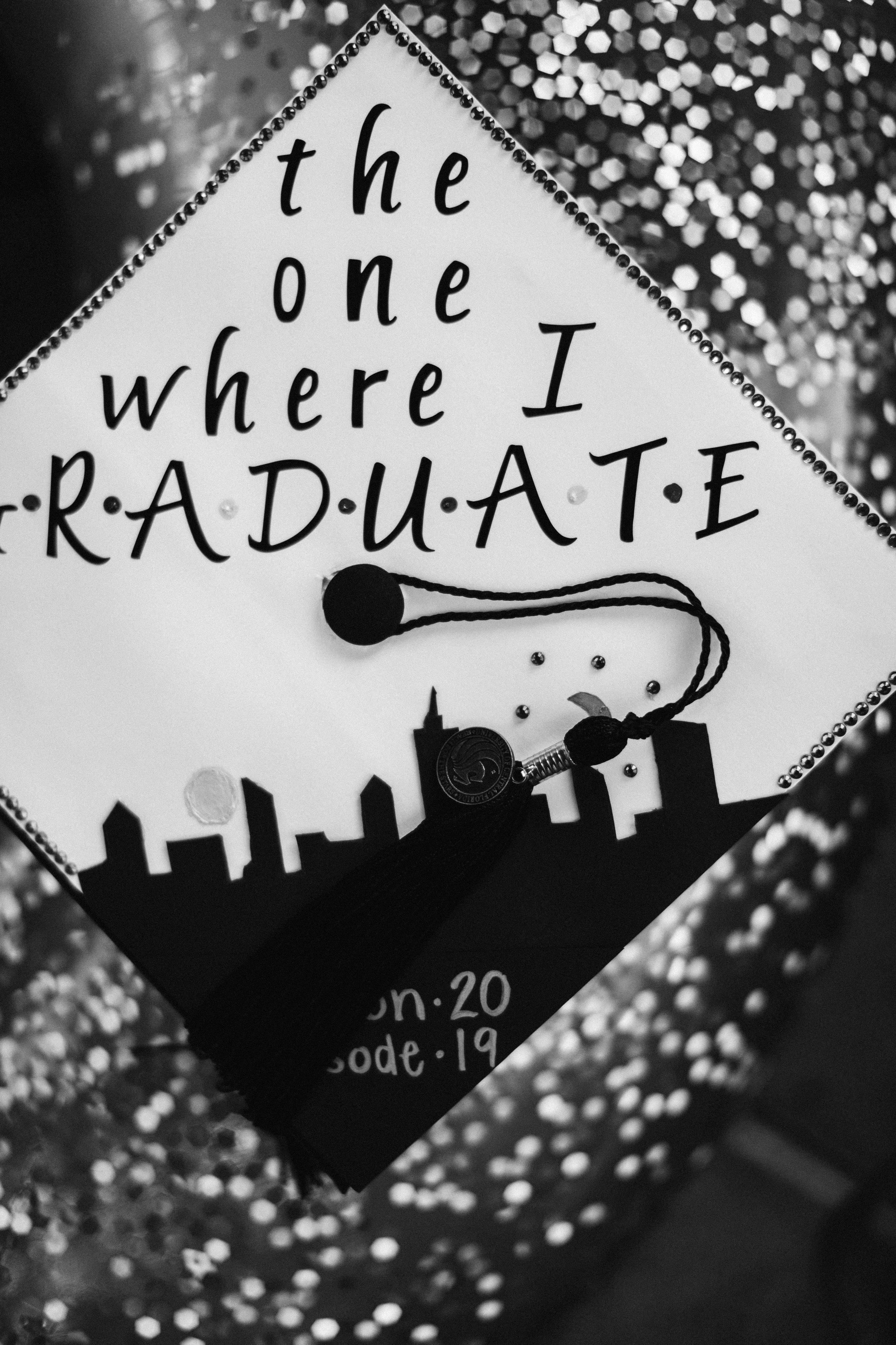 2019.07.30 Mariah UCF Grad Shoot-99.jpg