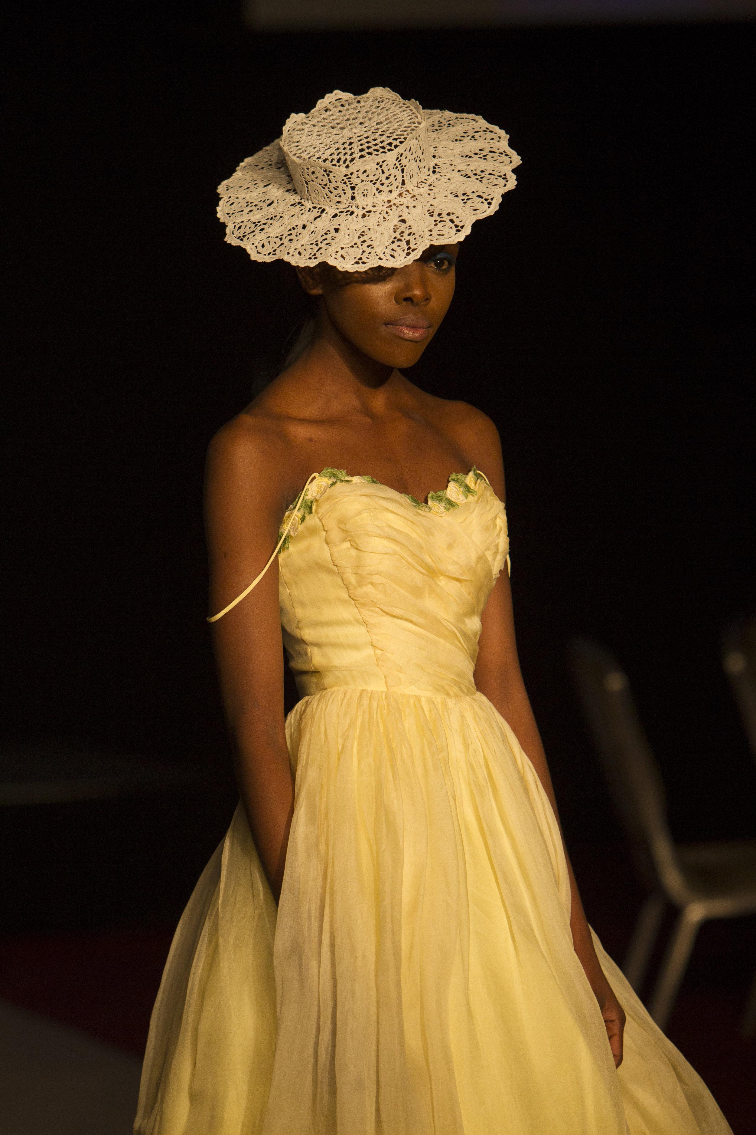 10 KFW Fashion 3860.jpg