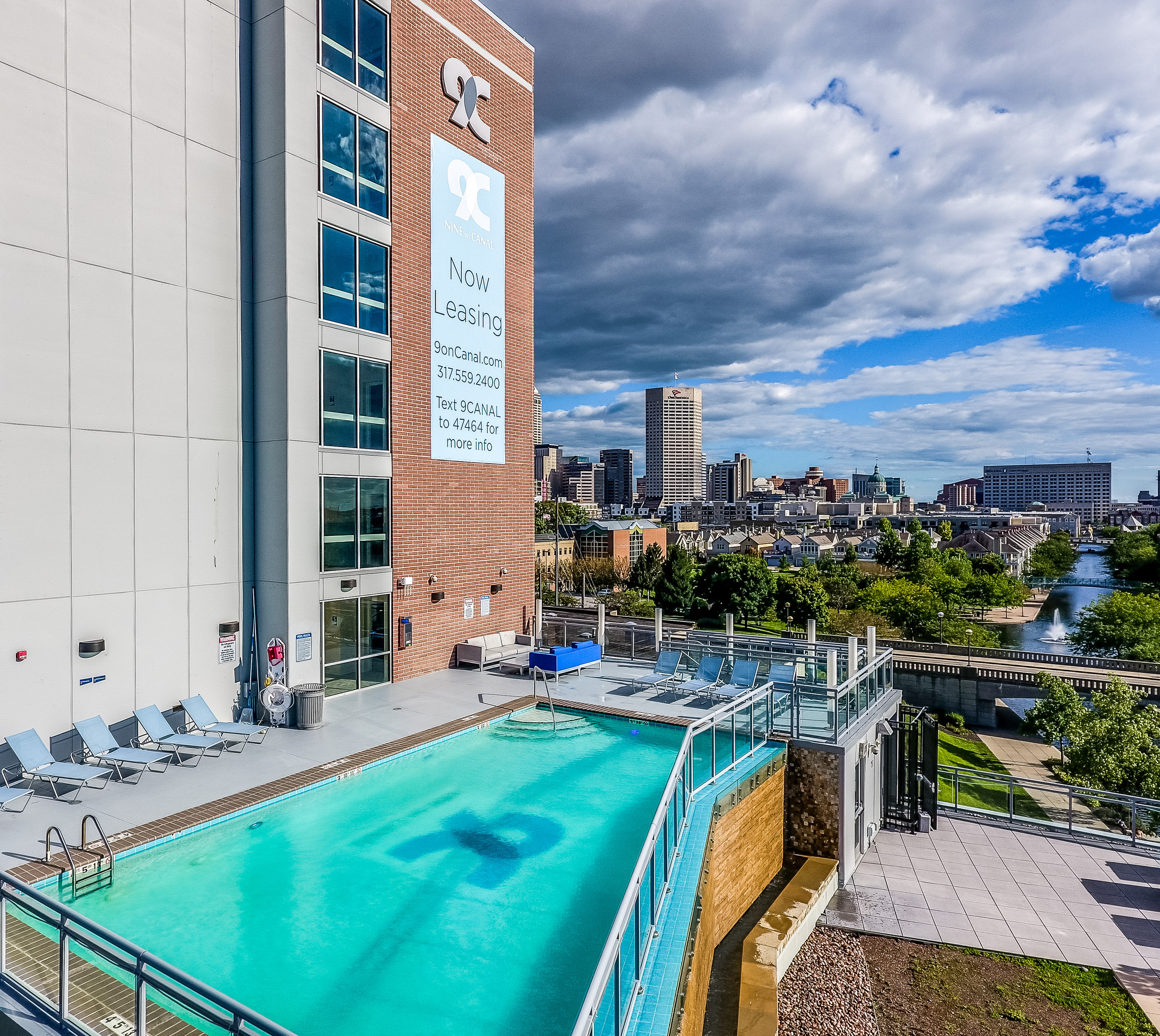 9-on-canal-indianapolis-in-salt-water-infinity-pool.jpg