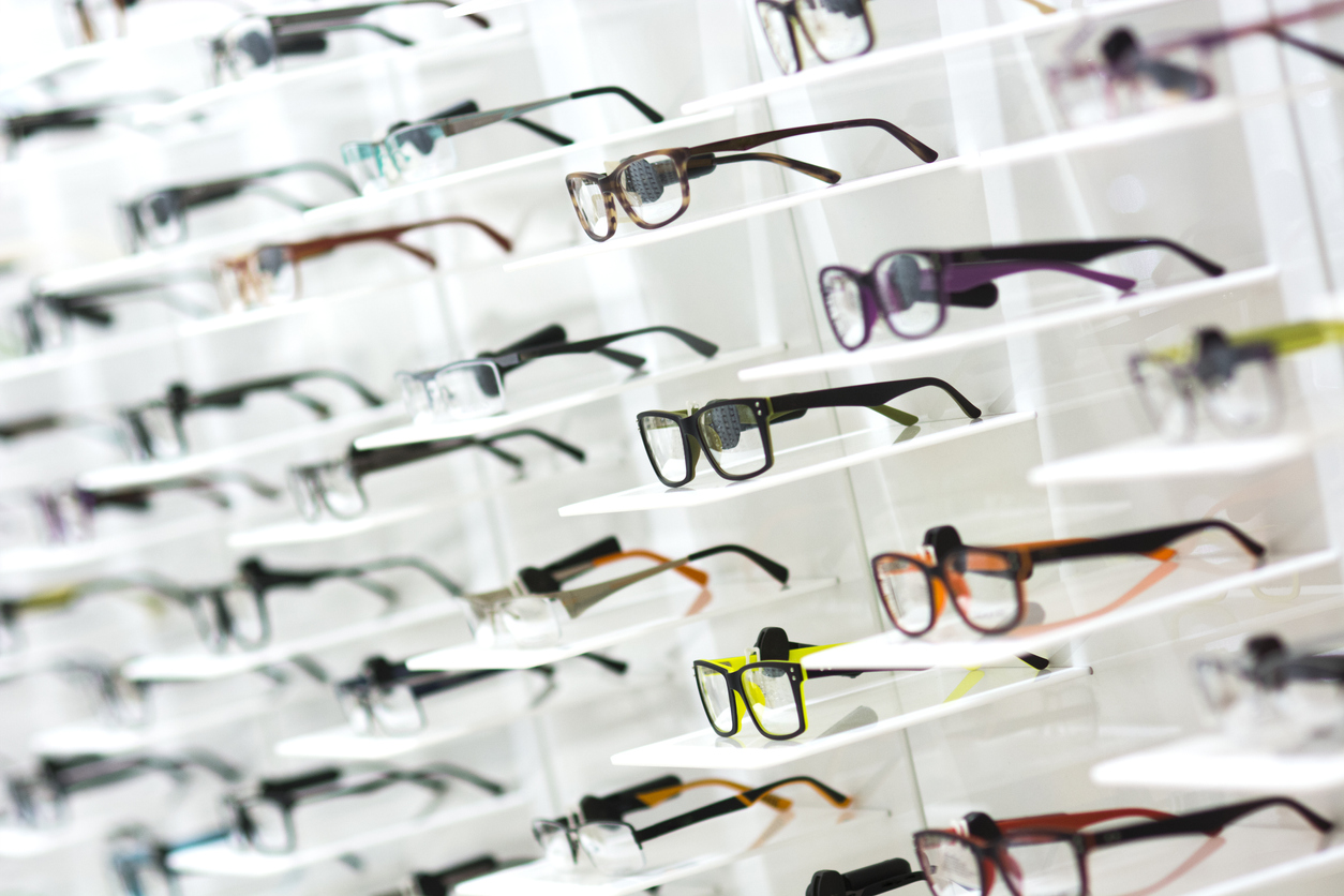 """""""I have been a customer at Highland Optical for the last 10 years and have never had one issue or complaint. Best staff and service in the city!"""" - -Djordje G."""