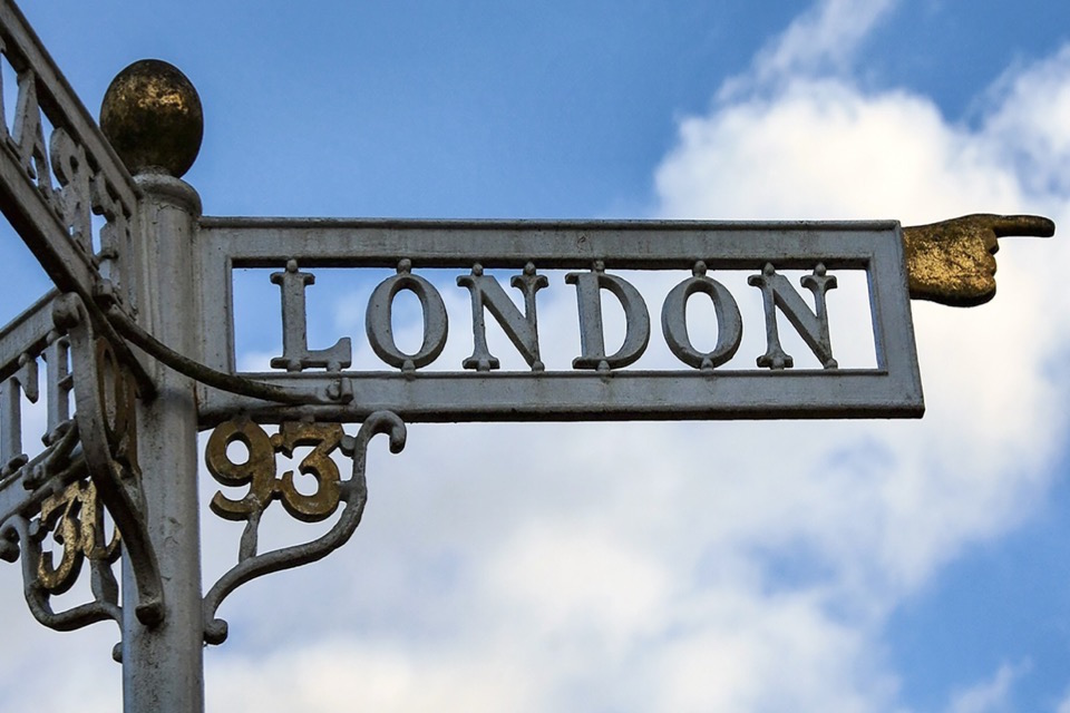 london-arm.jpg
