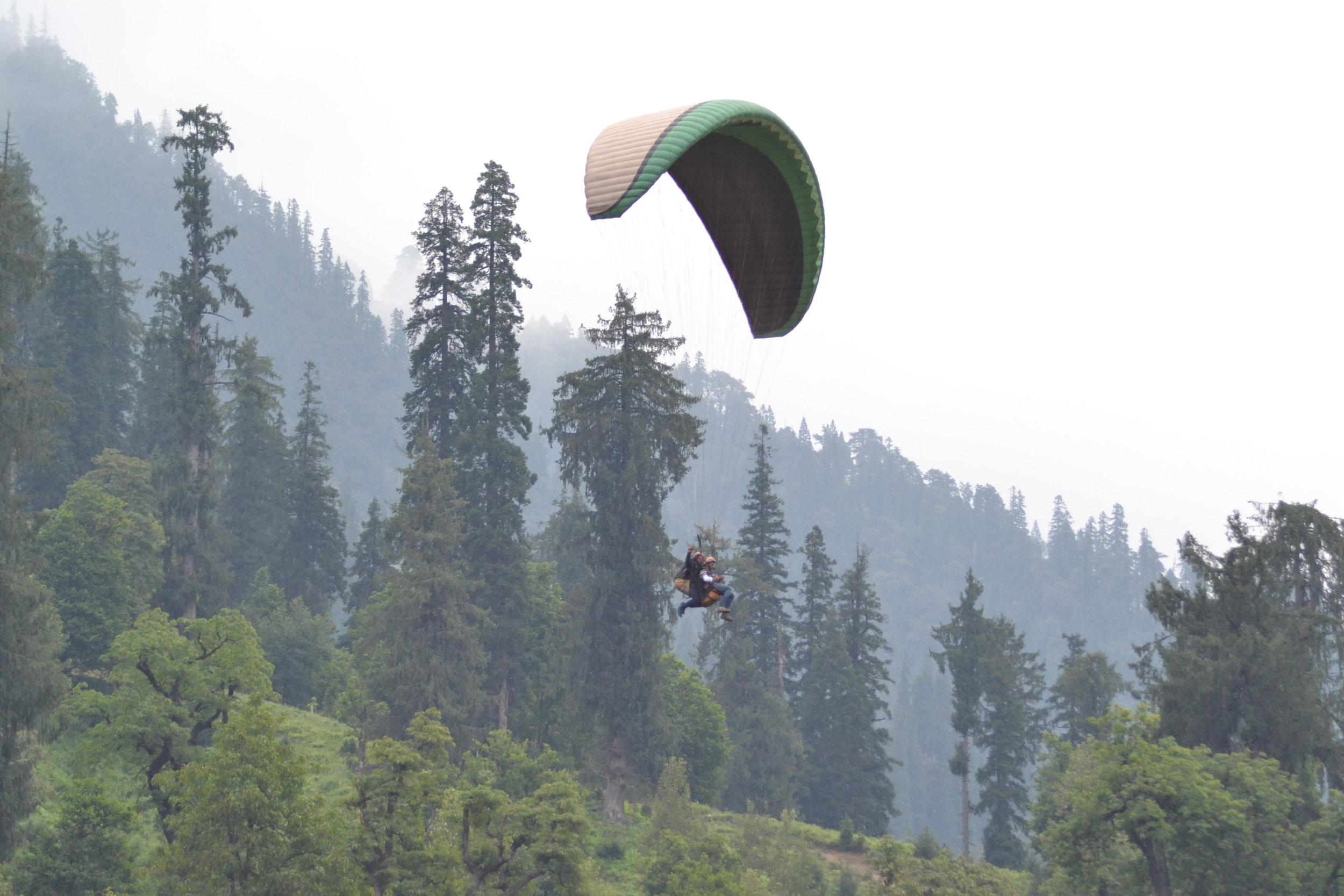 Leh-para-gliding.JPG