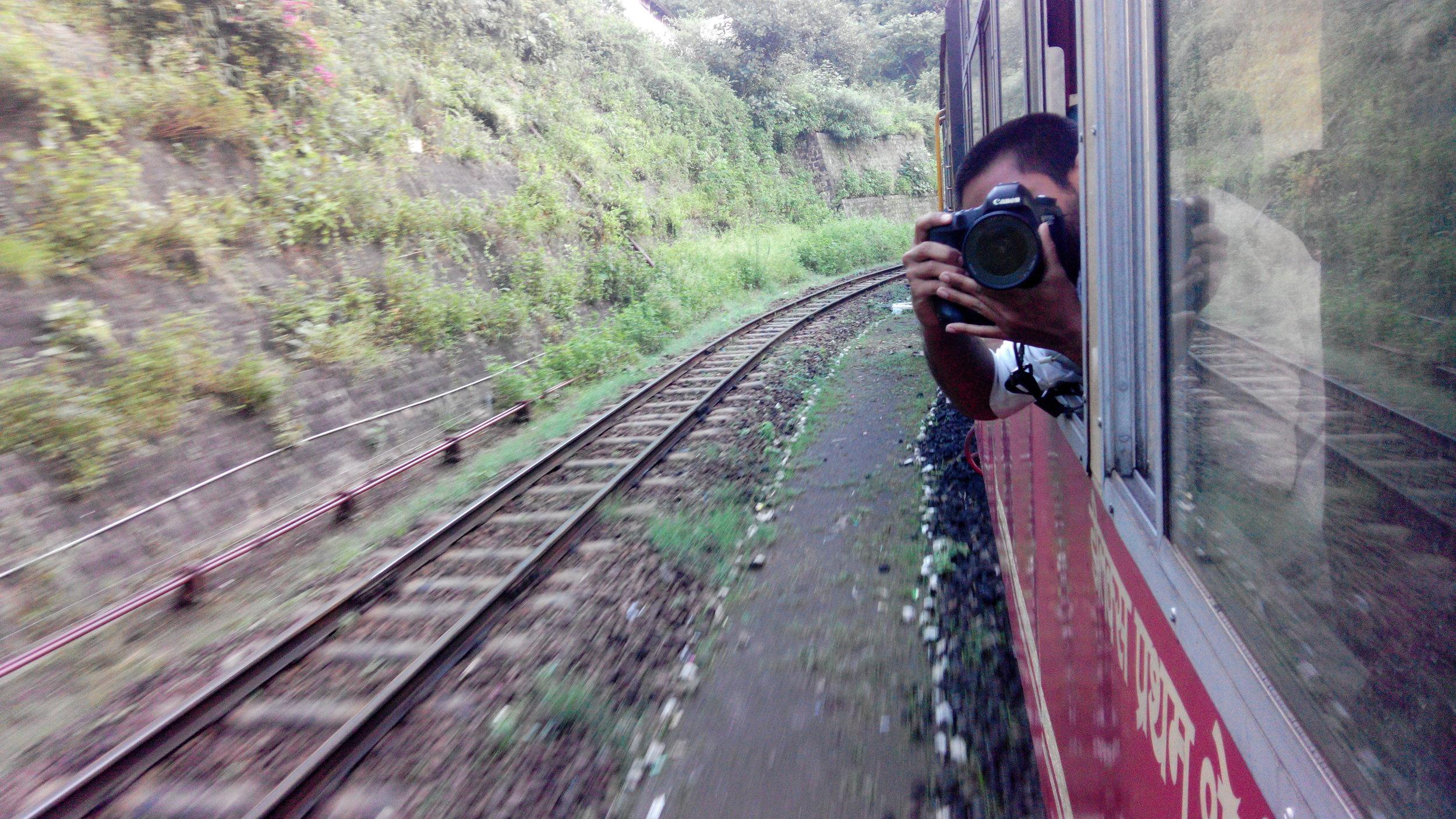 Ram-selfie-kalka-train.jpg