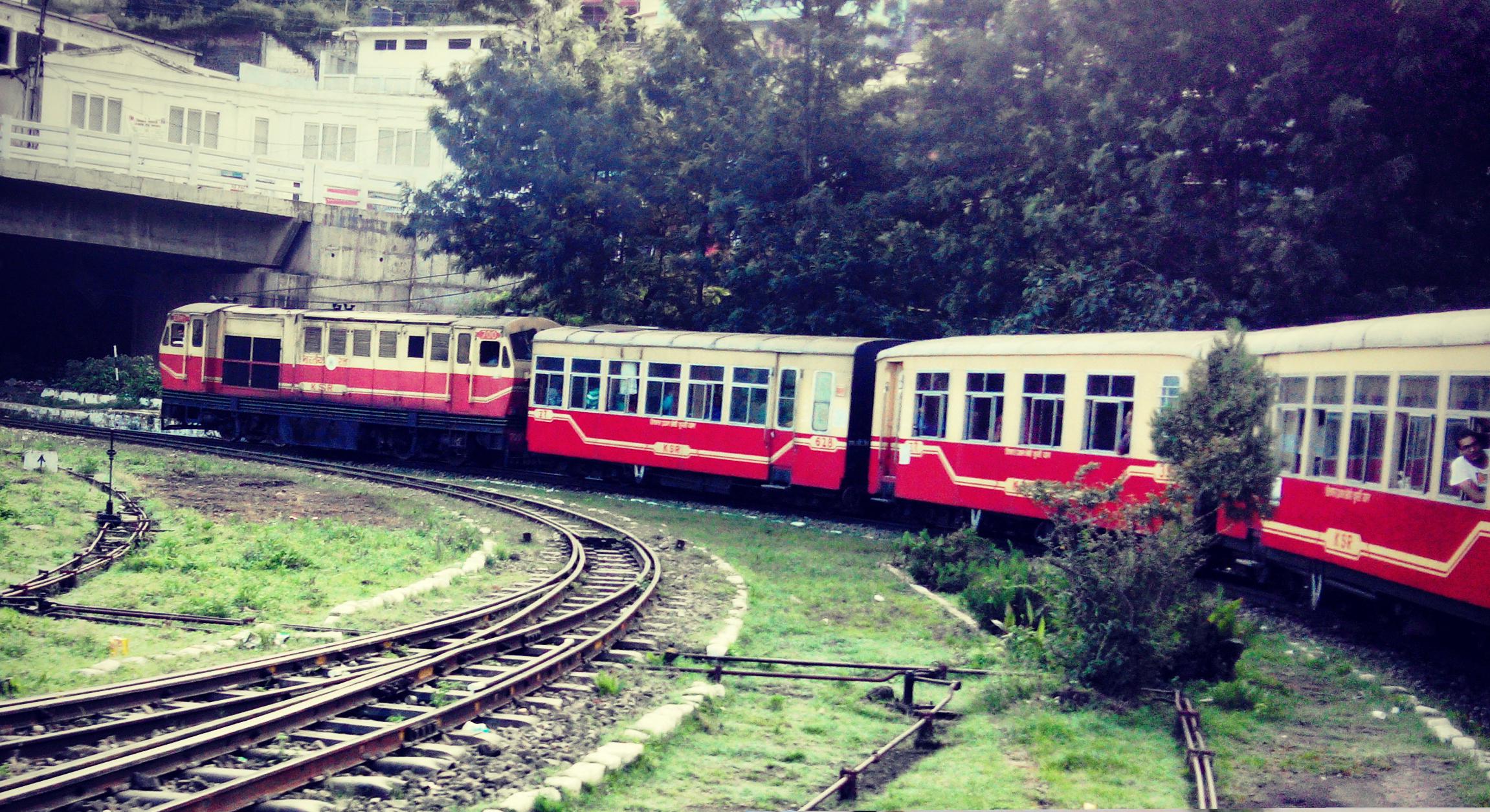 kalka-shimla-shivalik-express.jpg