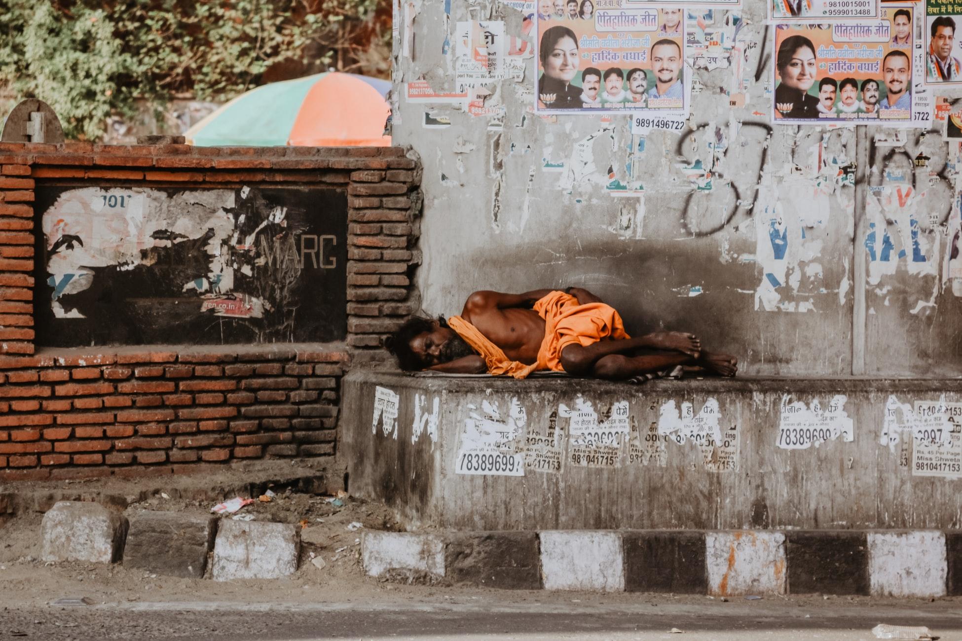 delhi-streets-man.jpeg