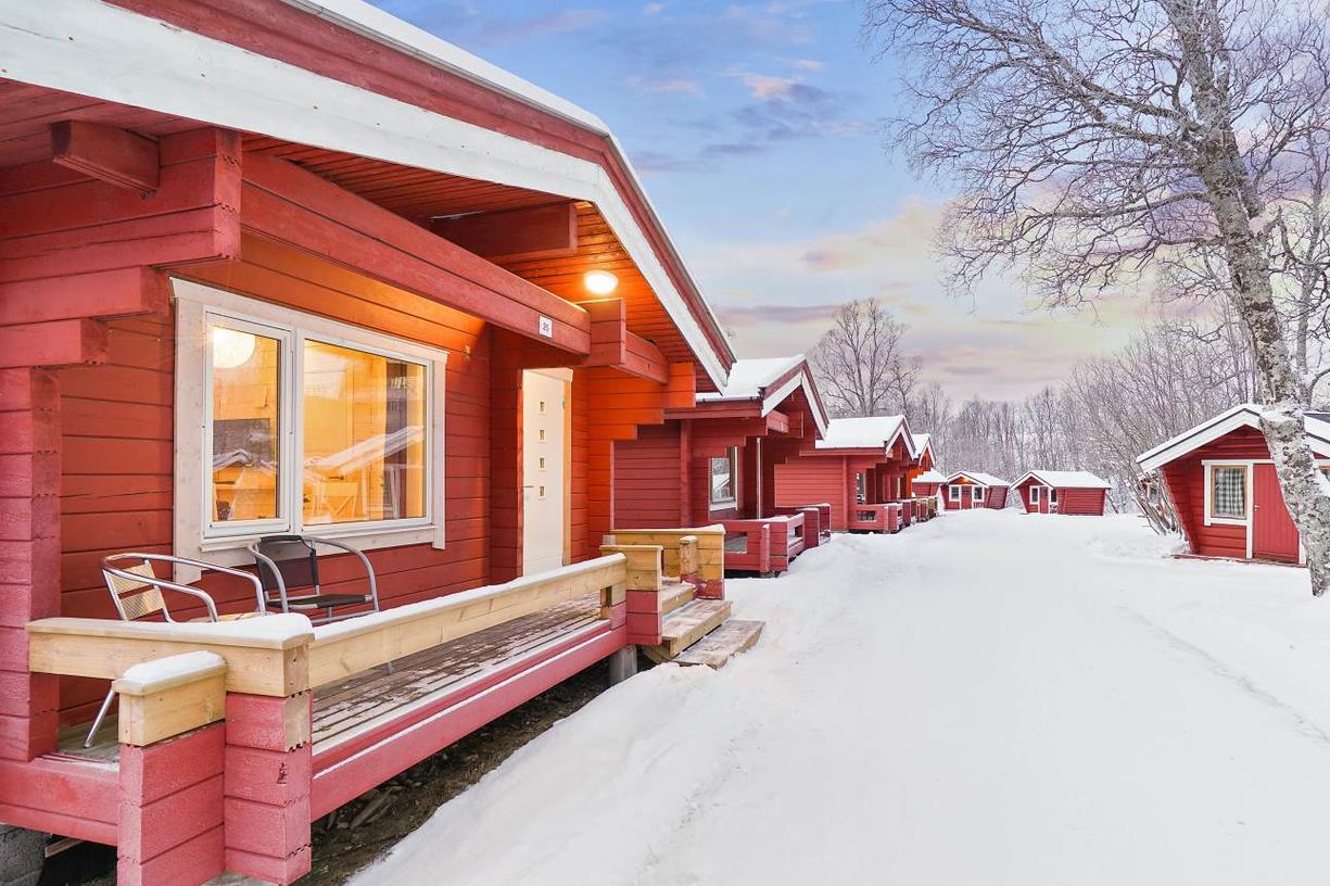 tromso-lodging-outside.jpg