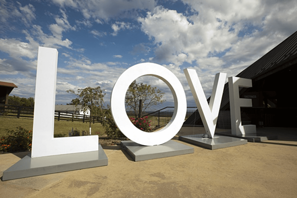 Atlanta Props™ Custom 3D Letters and Logos - Giant 3D Love Letters