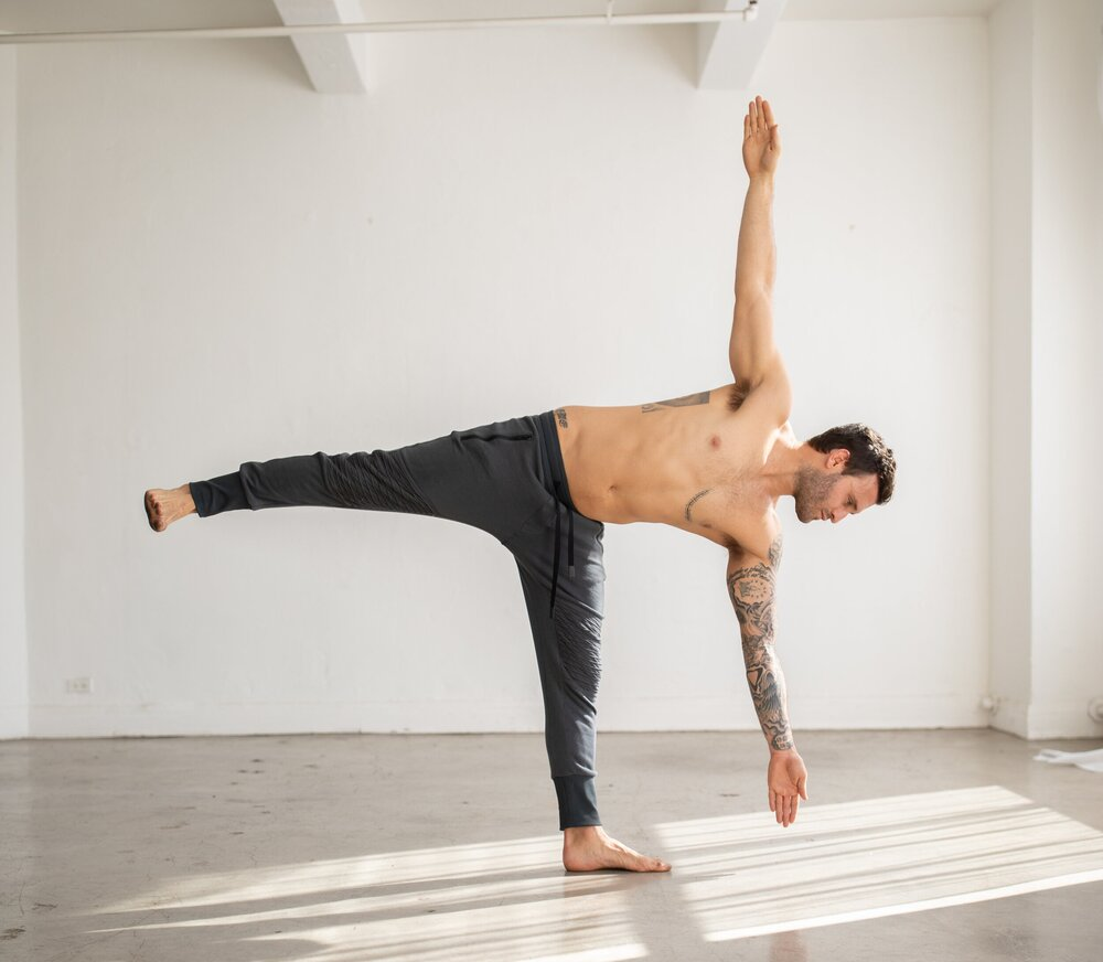 50 Half Moon Variations to Test Your Balance — Alo Moves