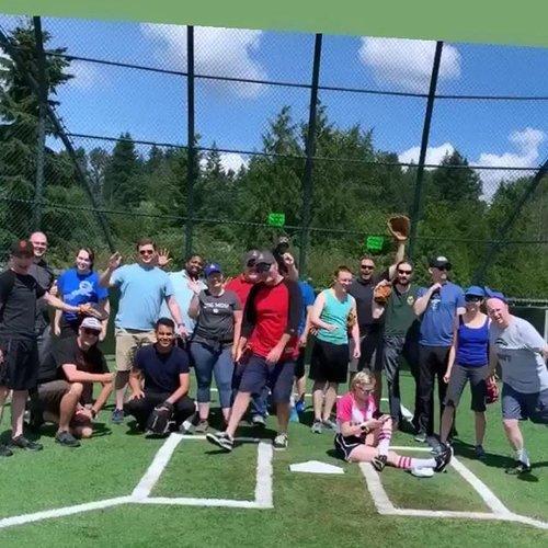 Sharpie Softball 2019: success! 🥎 Final score: 12-12!
