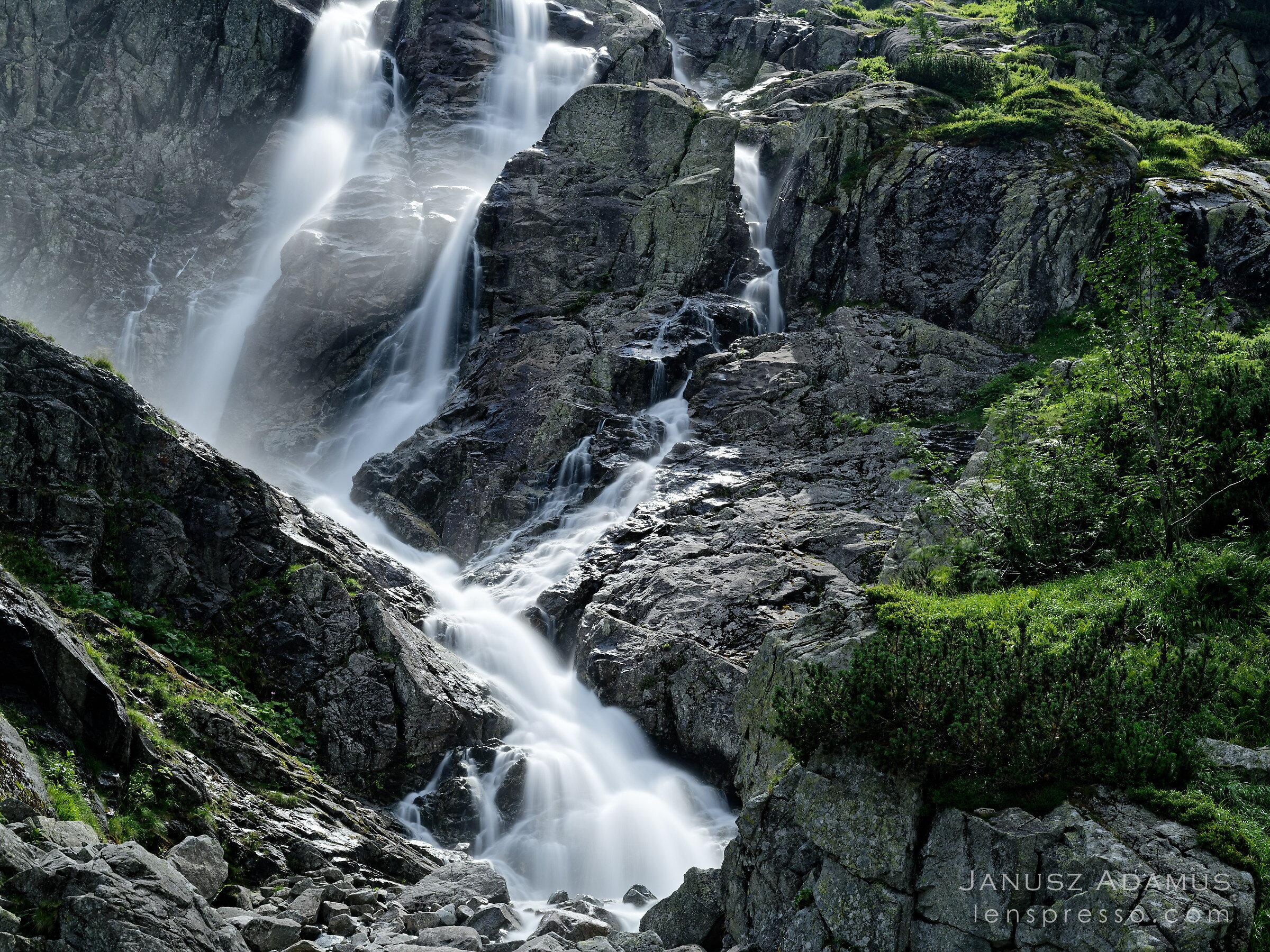 Siklawa waterfall in Roztoka Valley