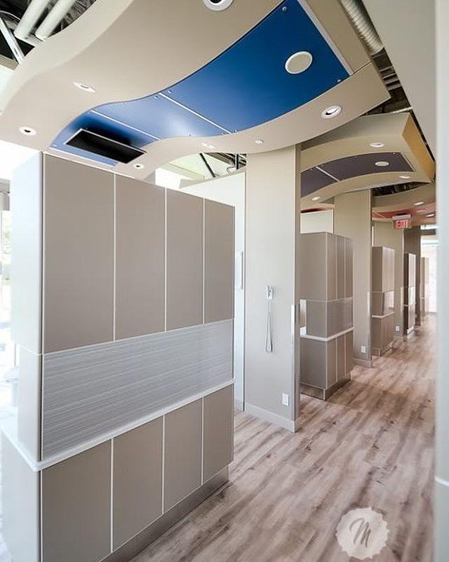 Operatory ceiling 'waves' reaching into corridor. #spaceplanning #interiordesigner #interiordesign #designer #dentaldesign #dental #yyc #yycdesign #customdesign #spaceplanner #operatory #office