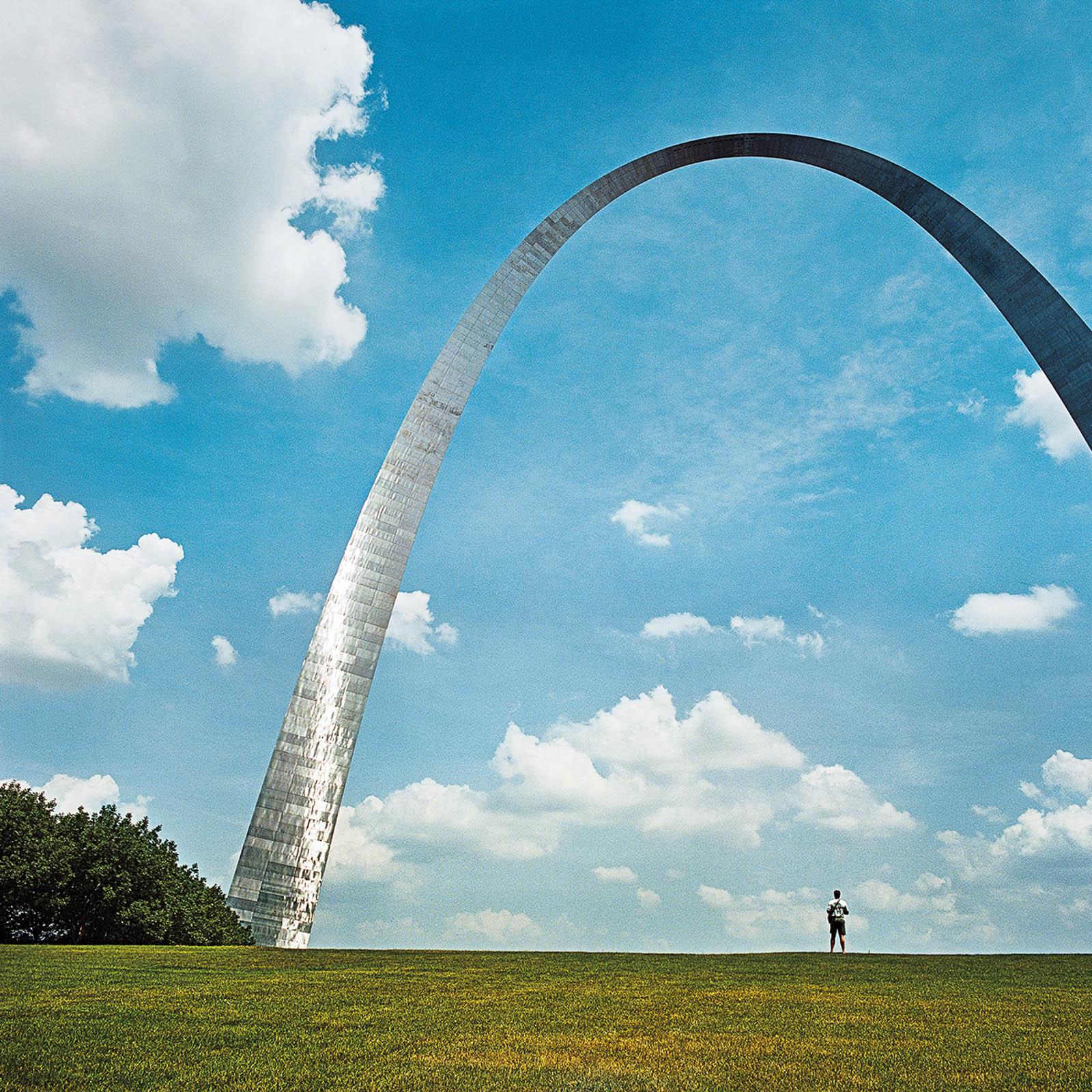 Man at The Arch, St Louis, Missouri 1999