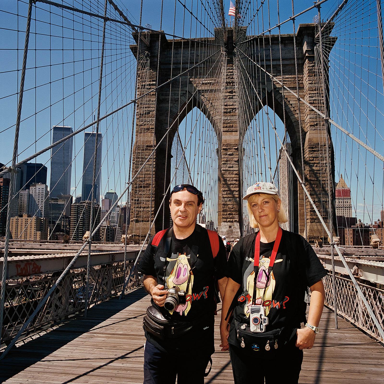 Couple at Brooklyn Bridge, New York City 2000