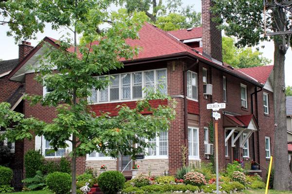 JRR-Residential-roof_2701.jpg