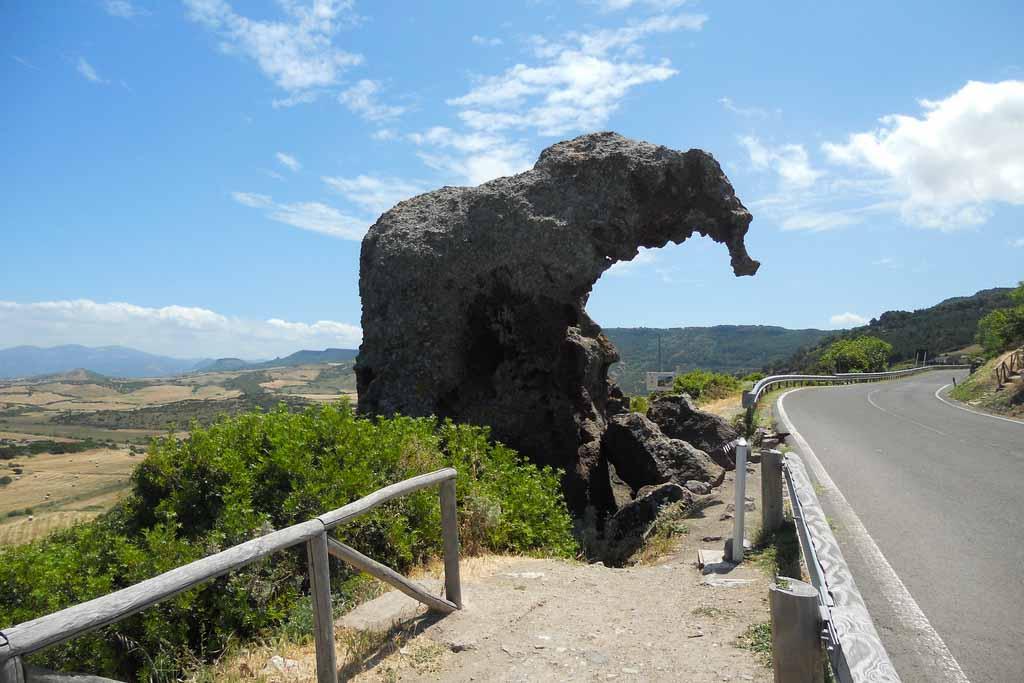 roccia_della_elefante.jpg