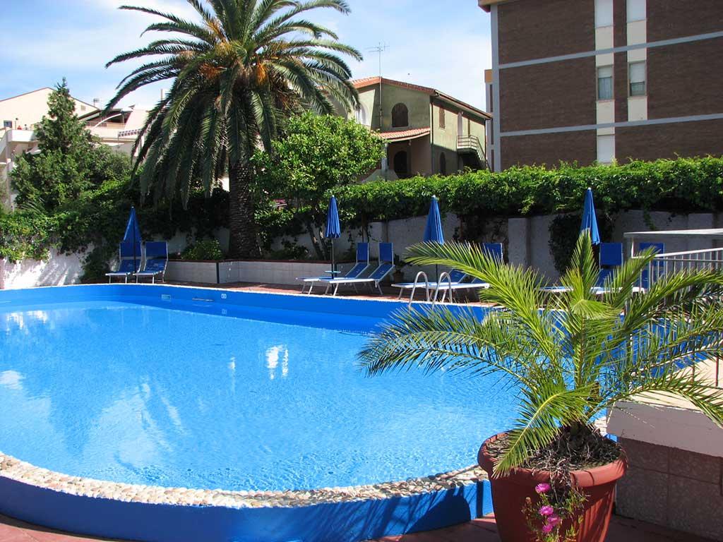 gal-home-piscina1.jpg
