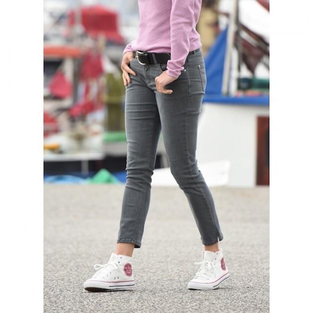 knoechellange-graue-jeans.jpg