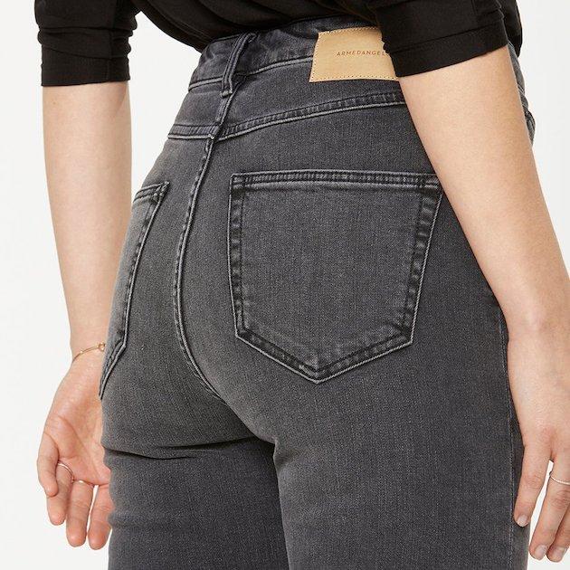 armedangels-jeans-ingaa-grey-wash-lov12532-2.jpg