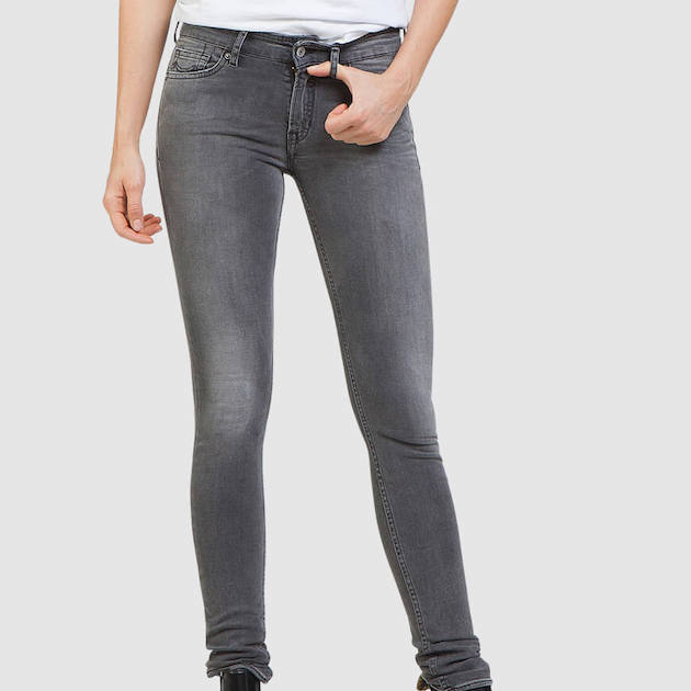 juno-grey-worn-in-nos-koi-k170701110DtmJhfhcHsc3G.jpg