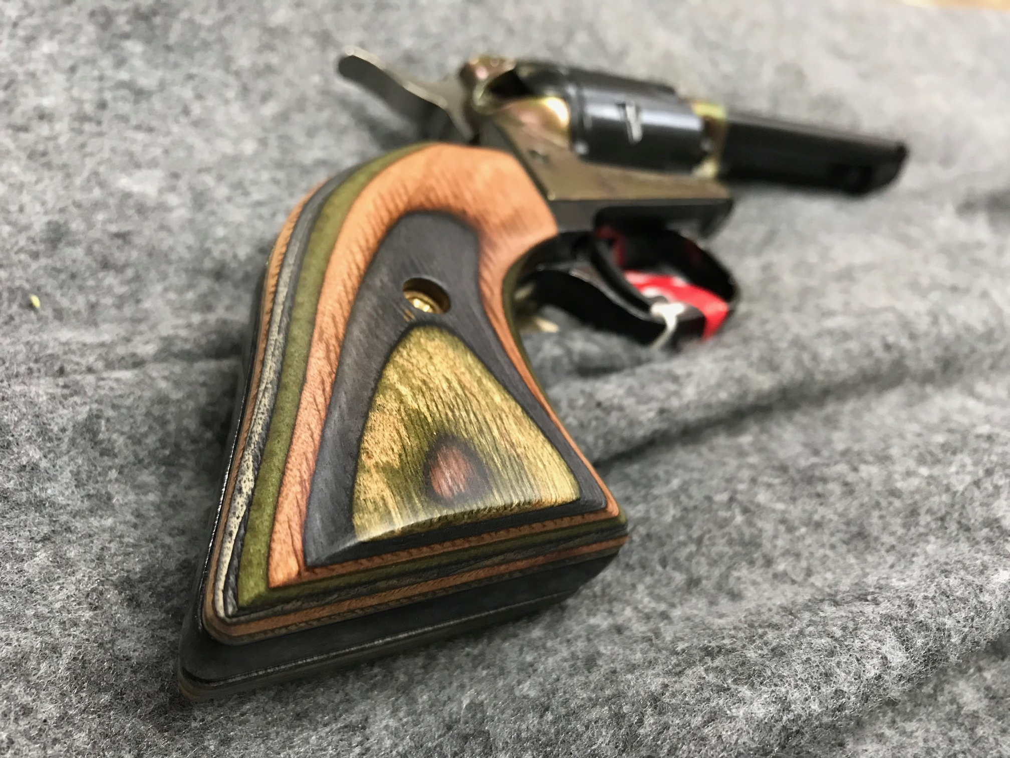 revolver-with-laminated-grip.jpg