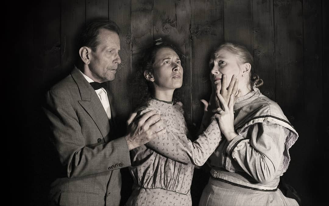 Randy Noogin, Sarah Laughland, and Sarah Helen-Land in  The Miracle Worker  at SART.