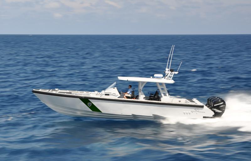 6.-40-Fearless-Metal-Shark-LE-Boat-1.jpg