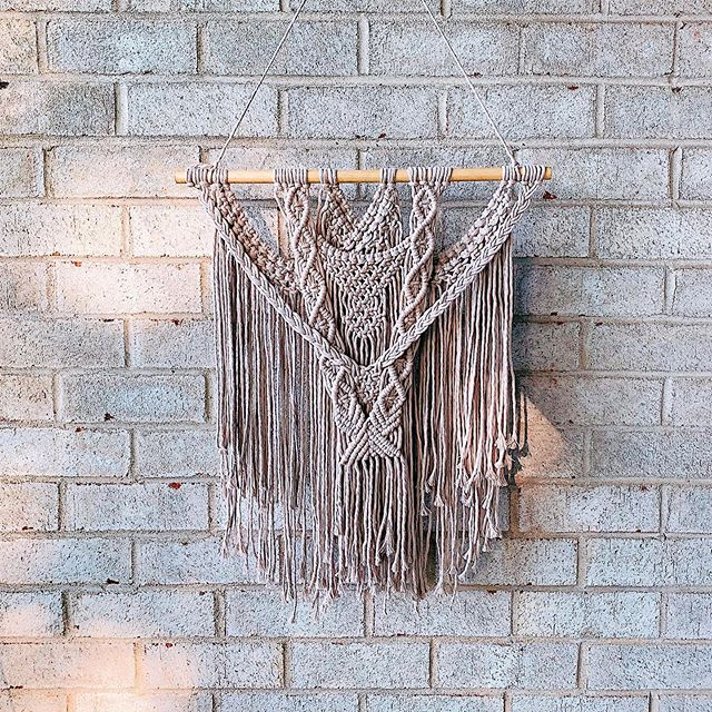 Aquila ✨ . . . . . #macramé #macramewallhanging #maker #macramelove #macramemovement #macrame #macrameart #fiberart #string #boho #bohodecor #bohostyle #art #decor #wallart #philly #phillycreatives